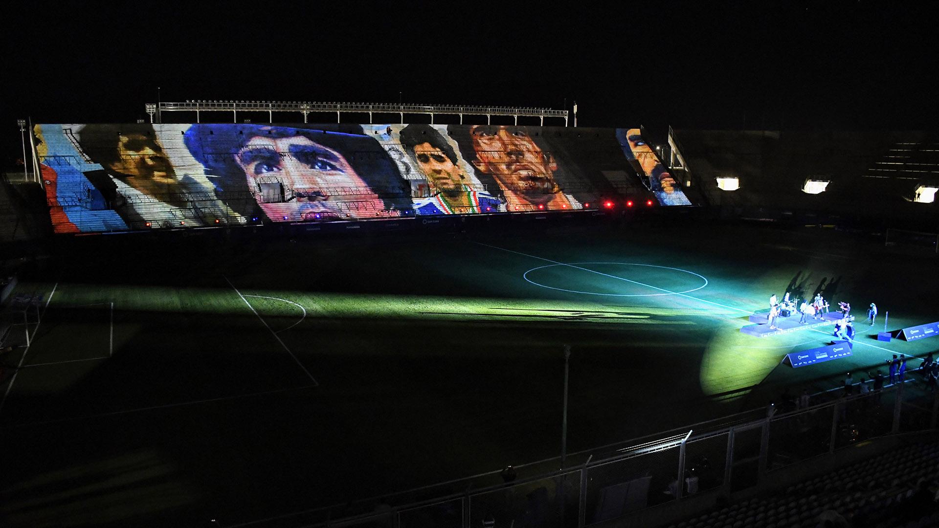 La banda de rock formada por futbolistas le rinde tributo a Maradona. Una gran idea en la previa de la final