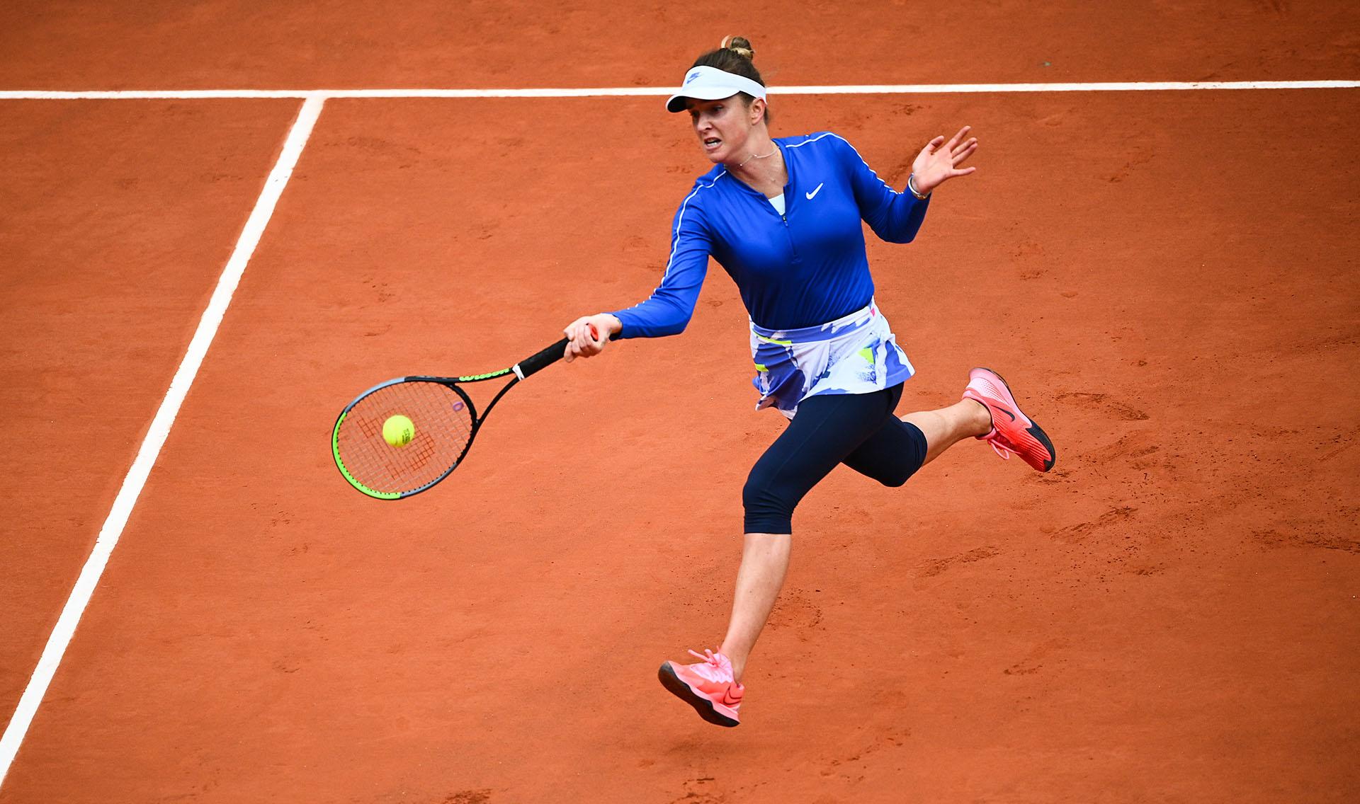 Svitolina no pudo con la tenista rosarina (Photo by Anne-Christine POUJOULAT / AFP)