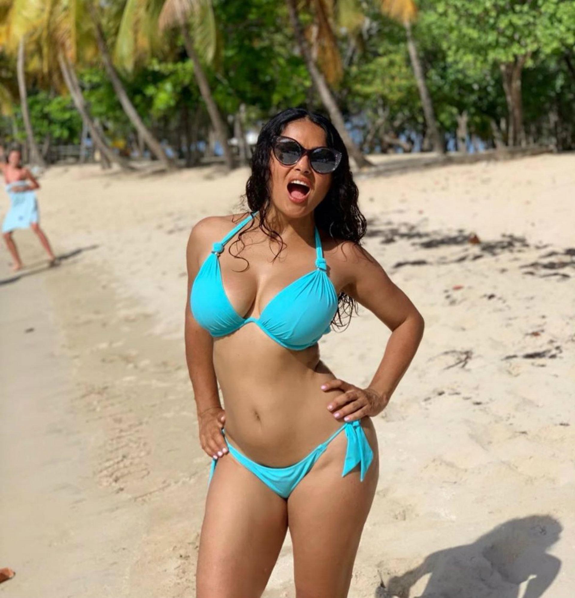 Salma Hayek y sus fotos del recuerdo: así se veía en bikini hace más de 20  años - Infobae