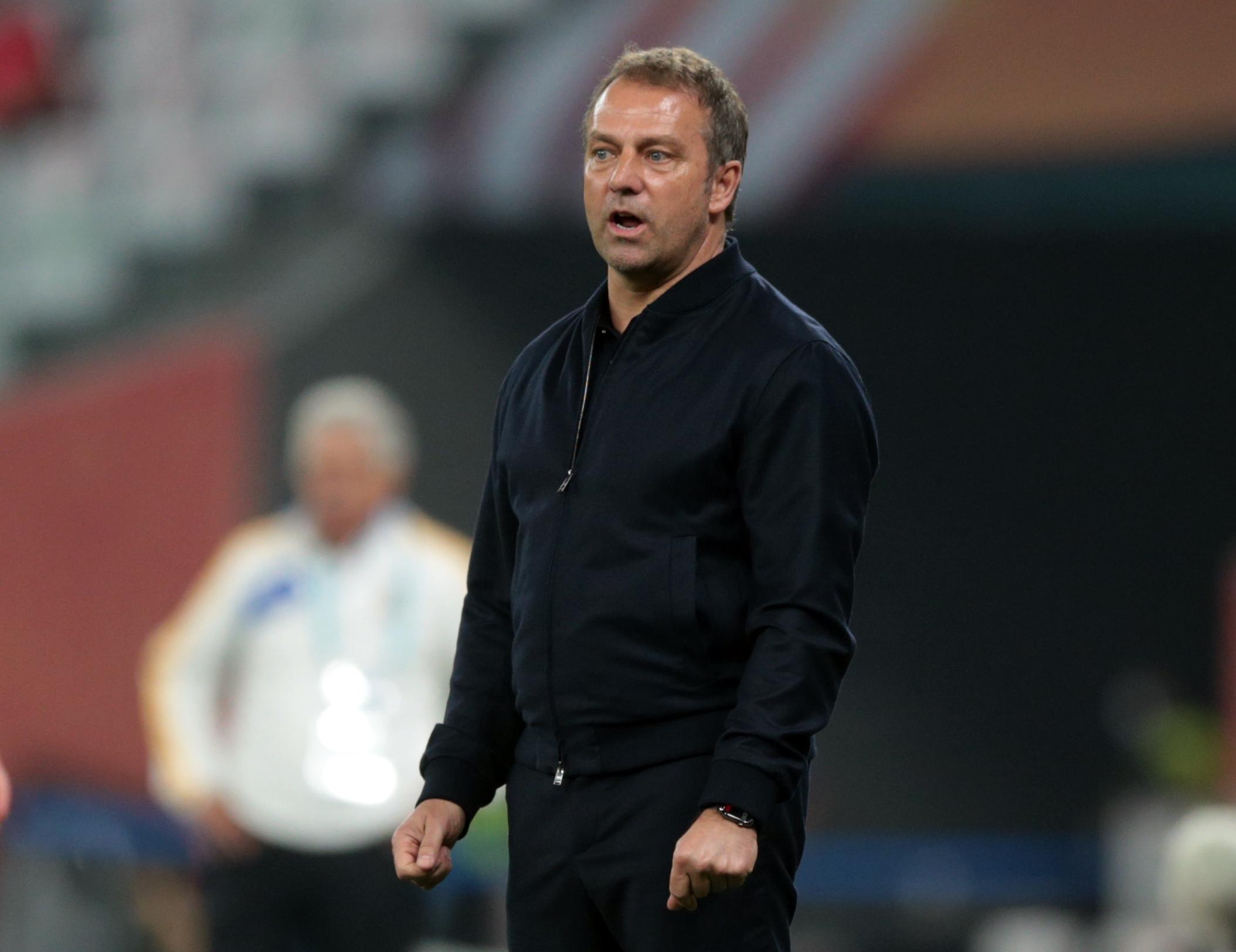 Hansi Flick, director técnico del Bayern Múnich. Estadio Ciudad de la Educación en Rayán, Catar.