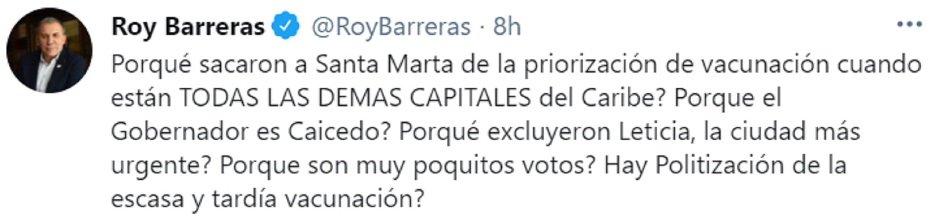 """Roy Barreras preguntó si se está politizando por """"la escasa y tardía vacunación"""" en el país. Foto: Twitter: Roy Barreras."""