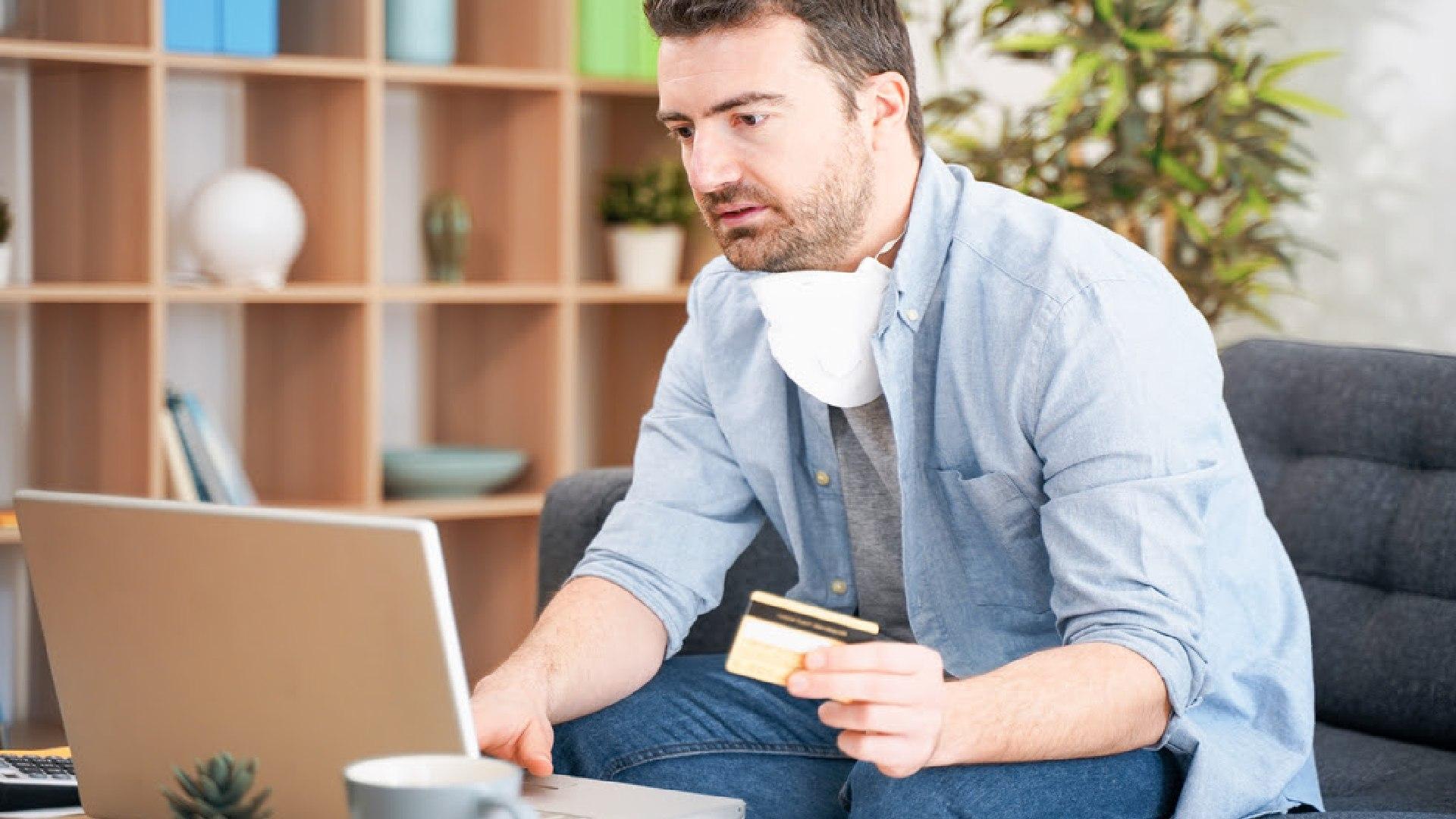 Los bancos comenzaron a ponerle un tope a las compras en cuotas con tarjetas  de crédito - Infobae