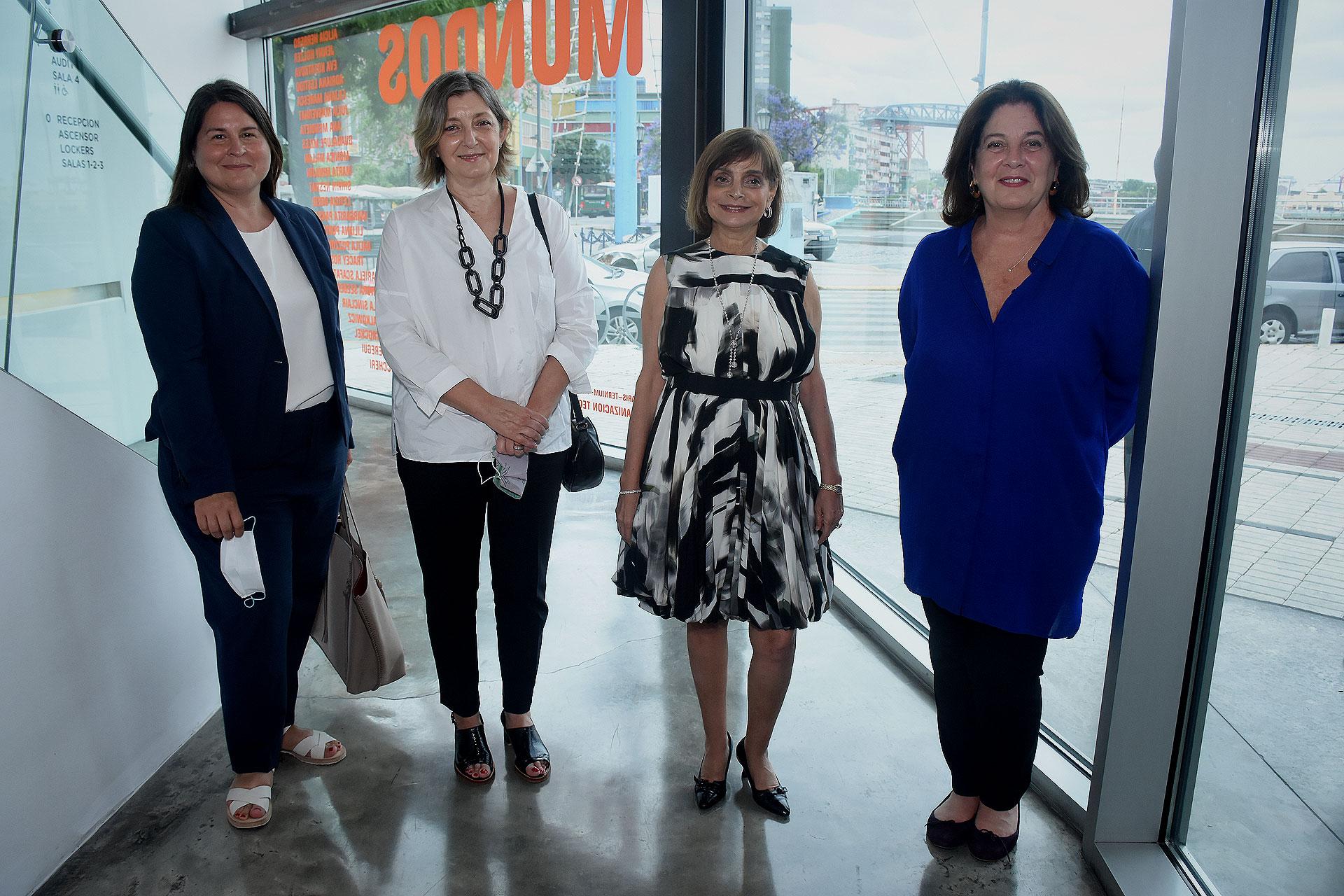 Romina Andreani, Adriana Lorusso, Claudia Stad y Adriana Rosenberg