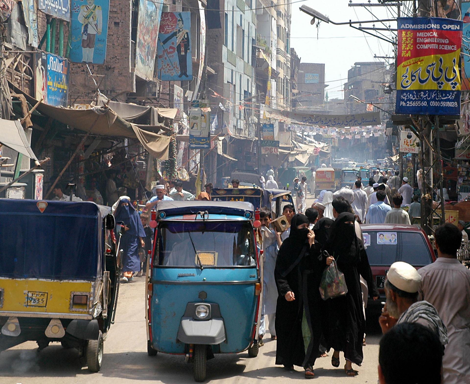 ANTES - Pakistán, situada en el sur de Asia, tiene una superficie de 796.100 Km2 (Shutterstock)