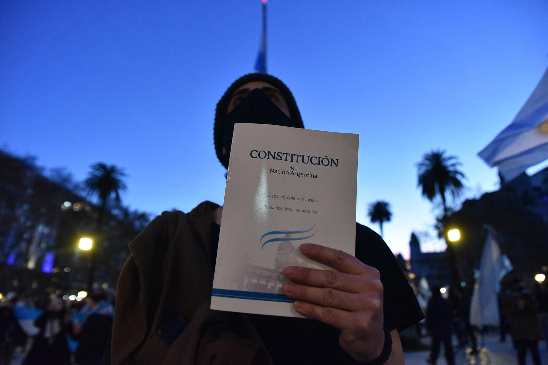 La defensa de la Constitución nacional fue uno de los puntos de la convocatoria