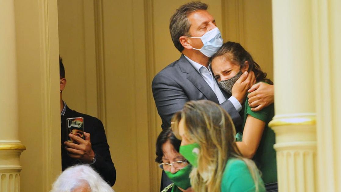 Sergio Massa junto a su familia participó de la histórica sesión desde uno de los palcos
