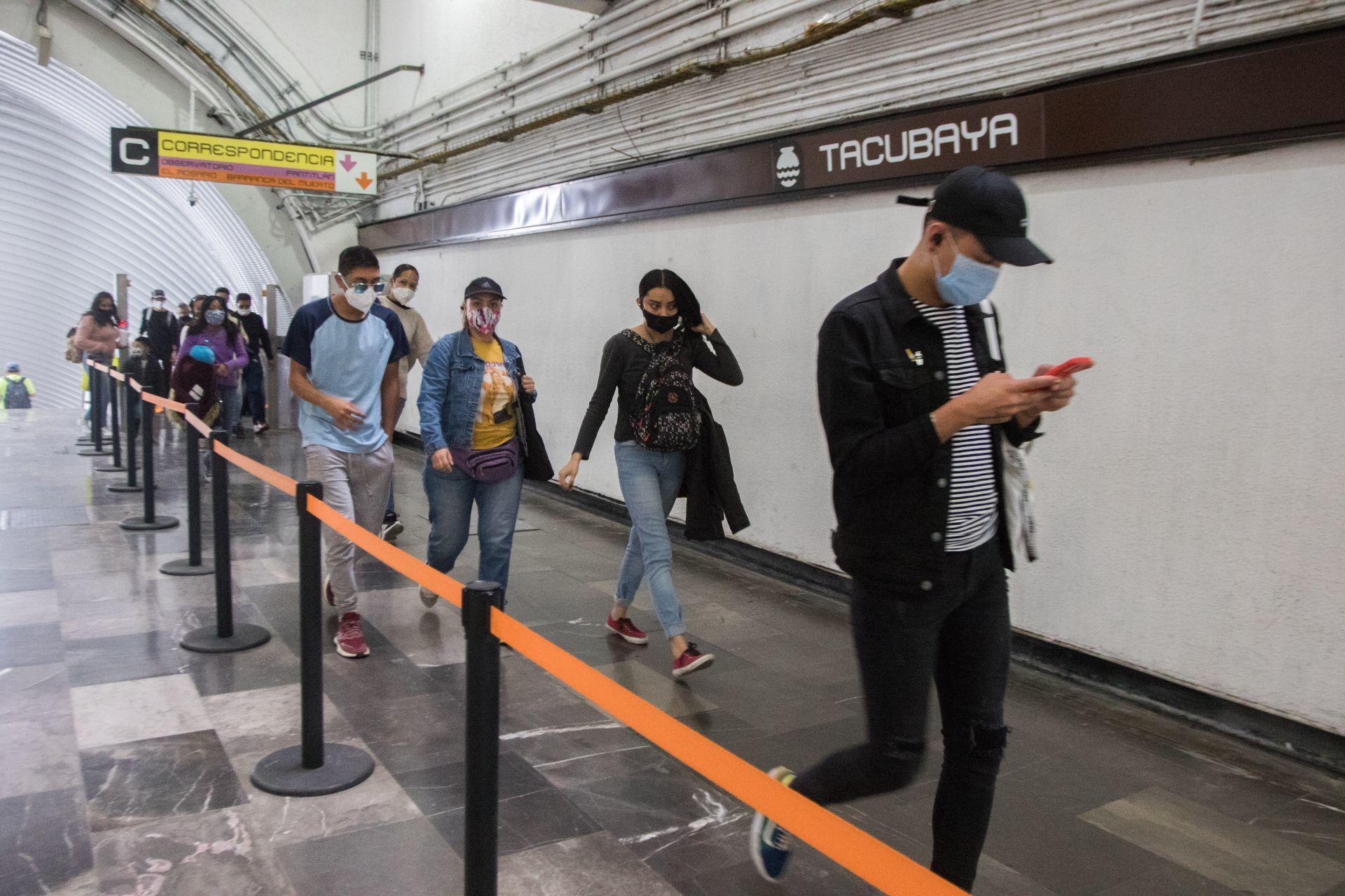 9 de enero de 2021. Ciudad de México. Las líneas 4, 5 y 6 del Sistema de Transporte Colectivo Metro, de la Ciudad, quedaran listas el día de mañana. Las 1,2 y 3 tardaran más tiempo informaron autoridades del Gobierno de la Ciudad.