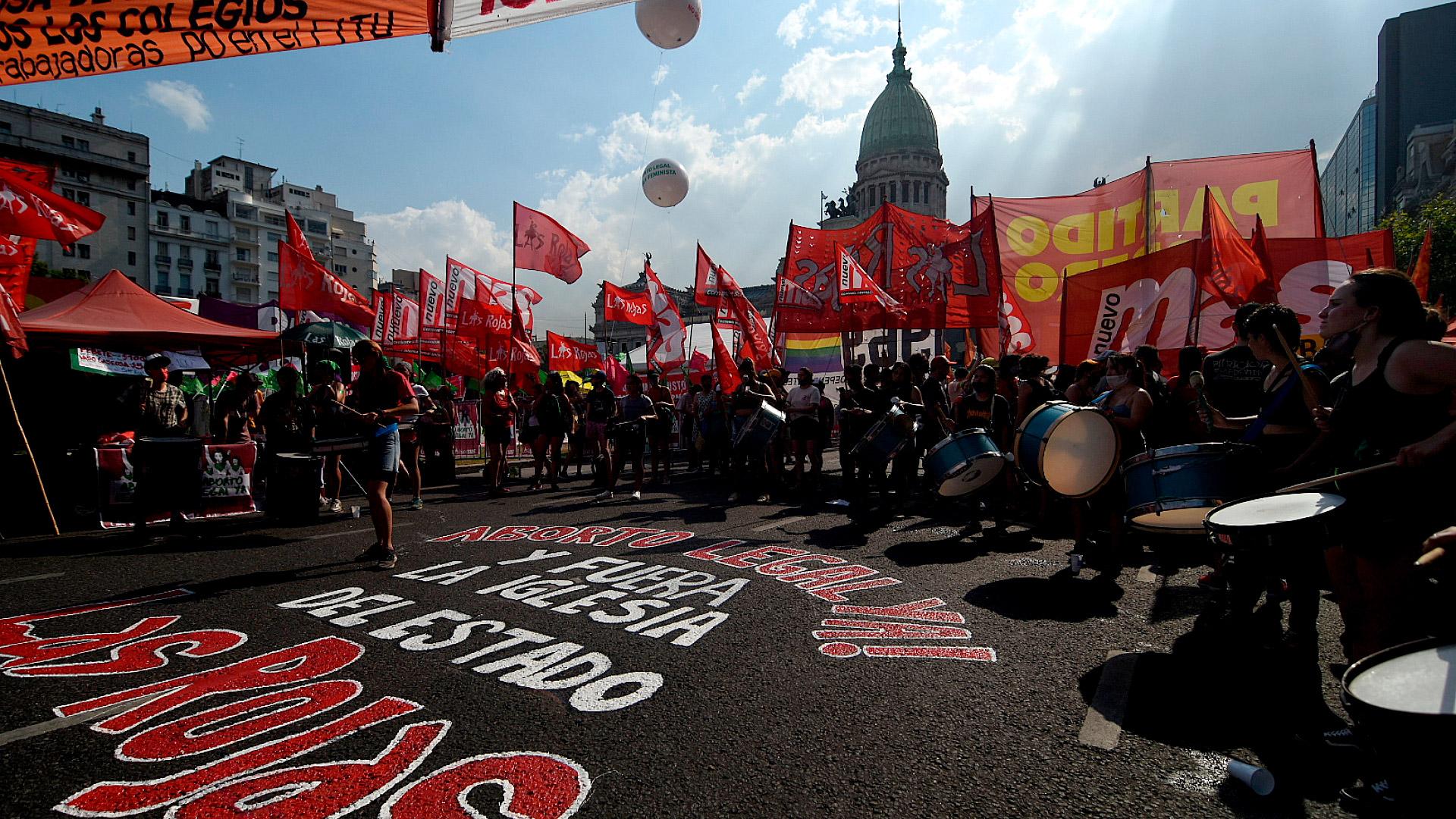 Los partidos de izquierda también se movilizaron en favor de la legalización