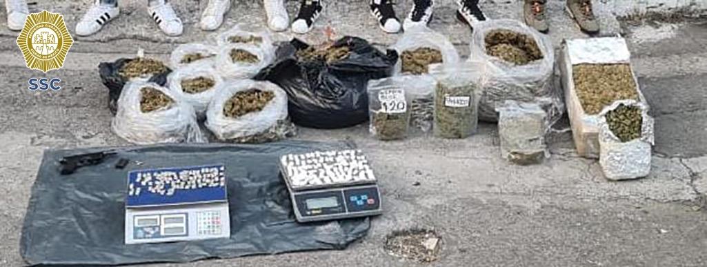 En tres acciones distintas los oficiales decomisaron 60 kilos de marihuana (Foto: SSC)