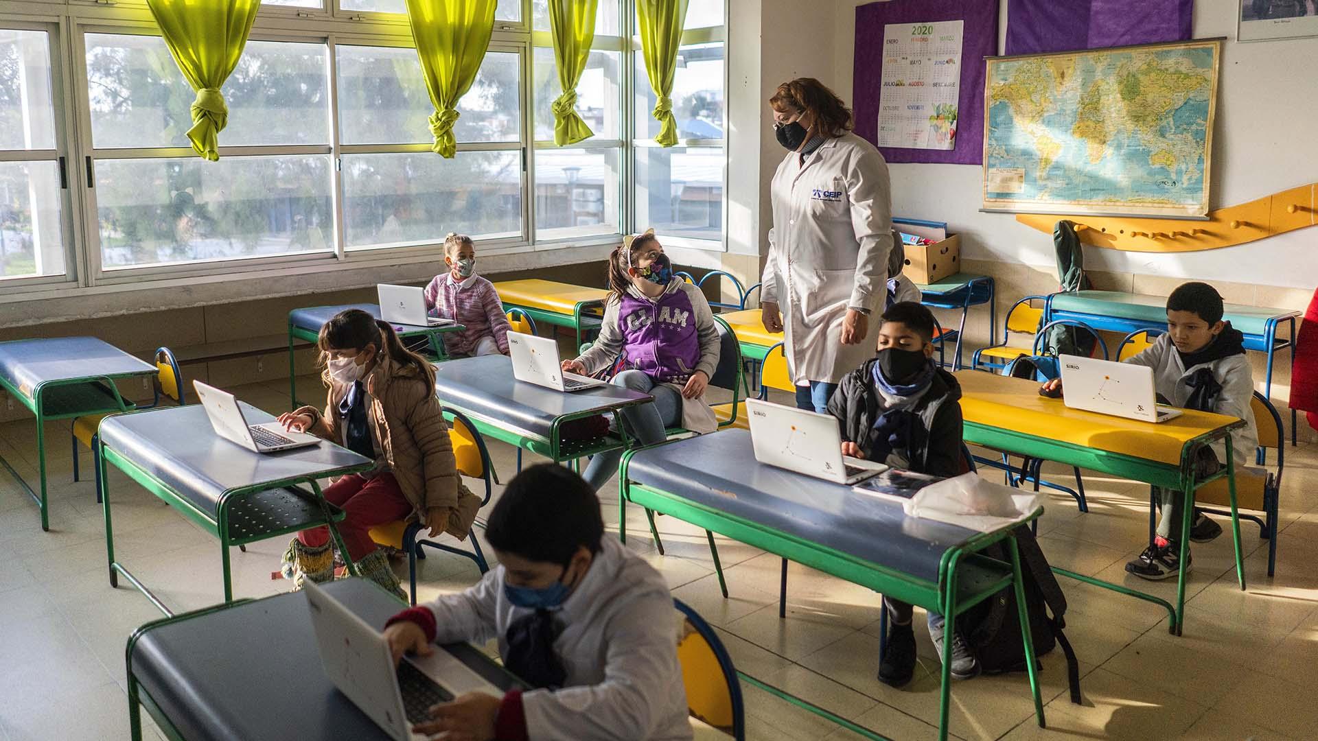 Uruguay completa la reapertura de las escuelas: 256 mil alumnos vuelven a  clase en Montevideo - Infobae