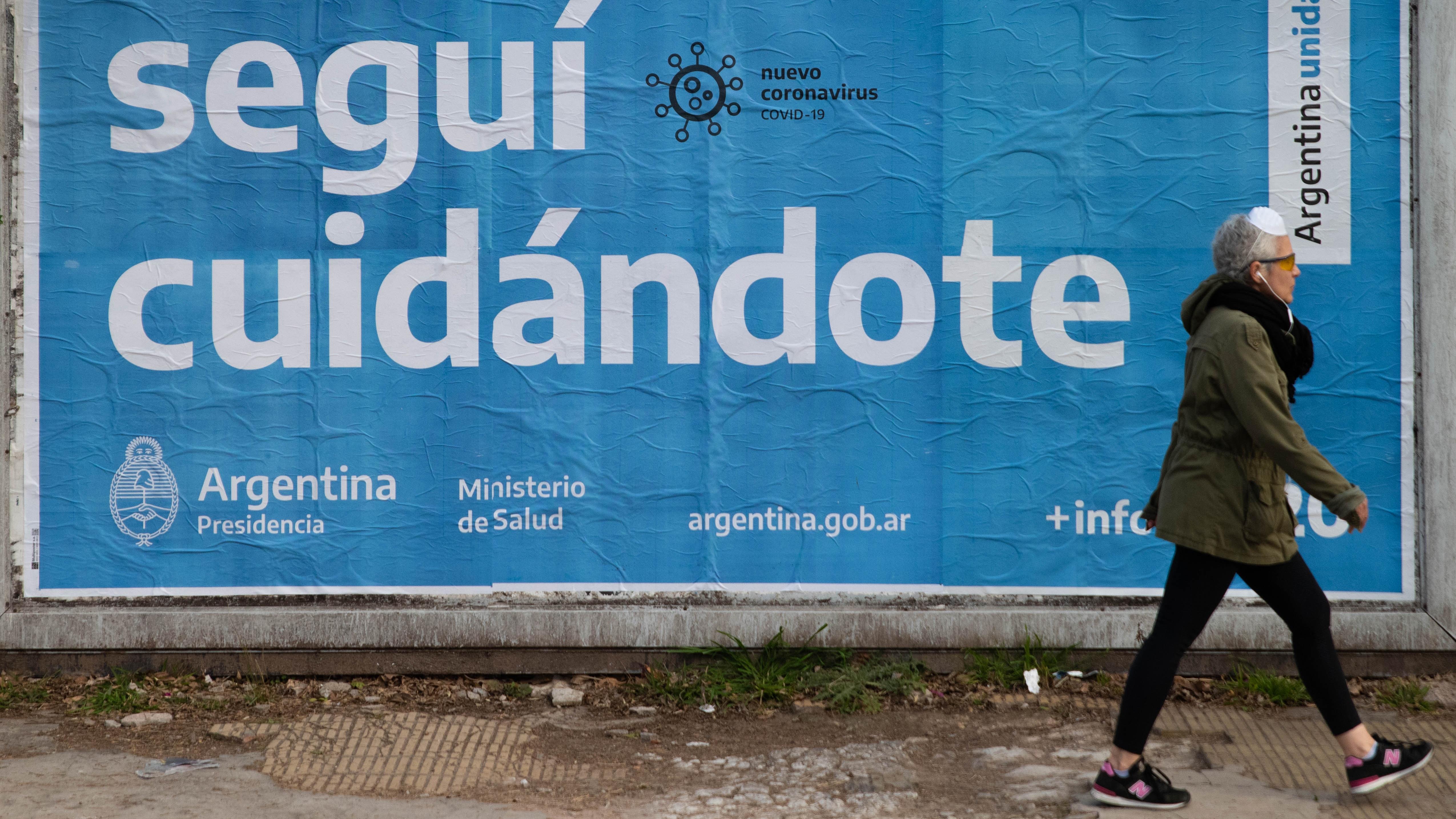La visión de los infectólogos sobre el aumento de casos diarios de COVID-19  en Argentina - Infobae