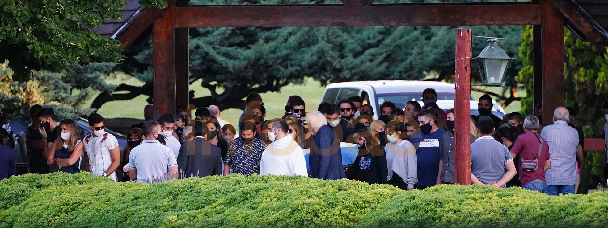 Por expreso deseo de la familia y por cuestión de privacidad la ceremonia fue íntima, únicamente para sus allegados y amigos más cercanos