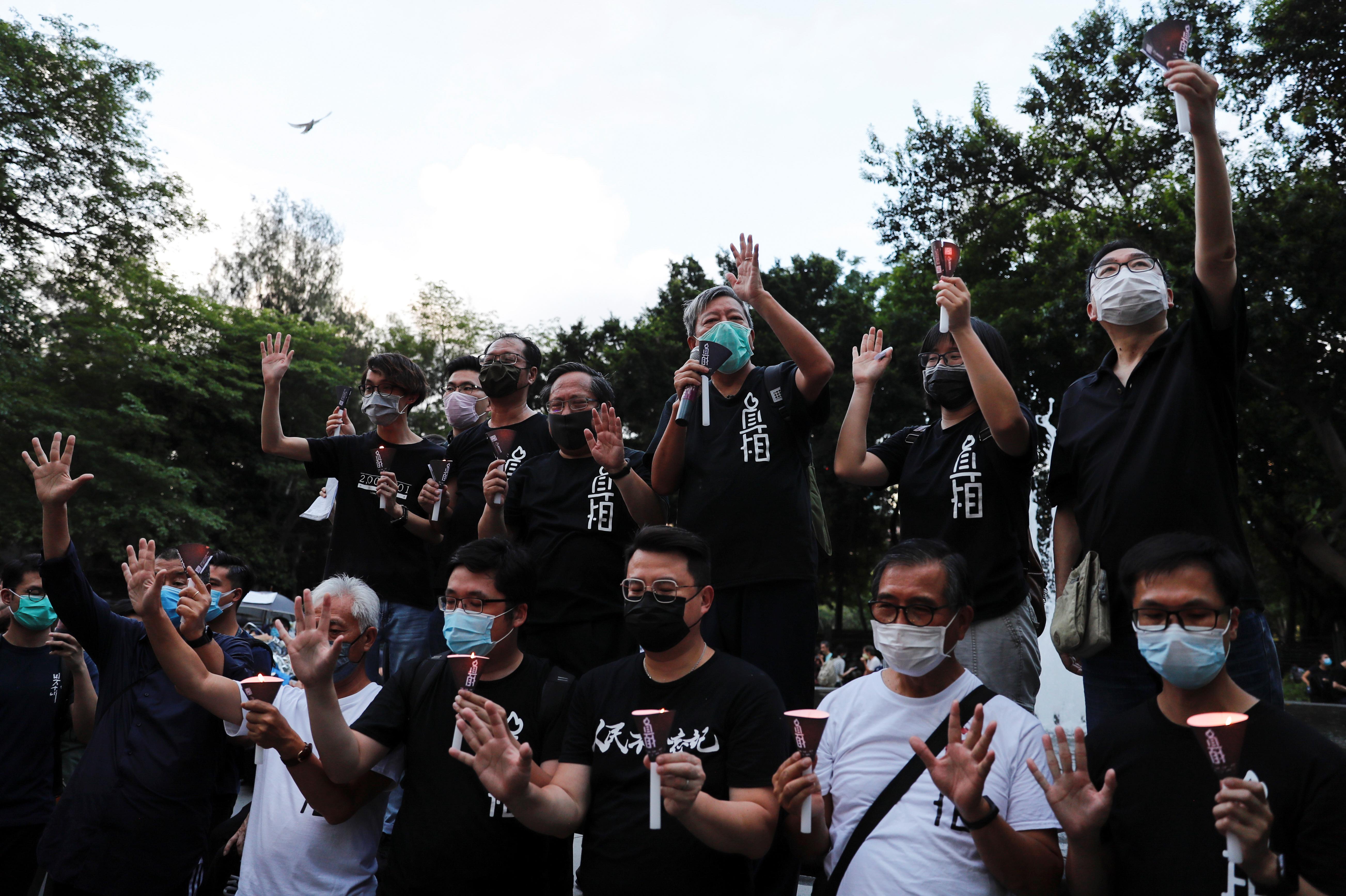 Más de 20 diputados decidieron no votar hoy porque, según explica a EFE el legislador Fernando Cheung Chiu-hung, vicepresidente del Partido Laborista,