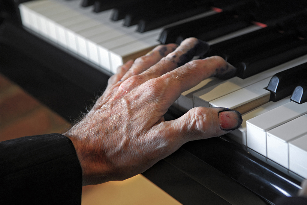 El piano y Charly, desde niño, un matrimonio. En su larga trayectoria fue autor de frases polémicas. Por ejemplo: