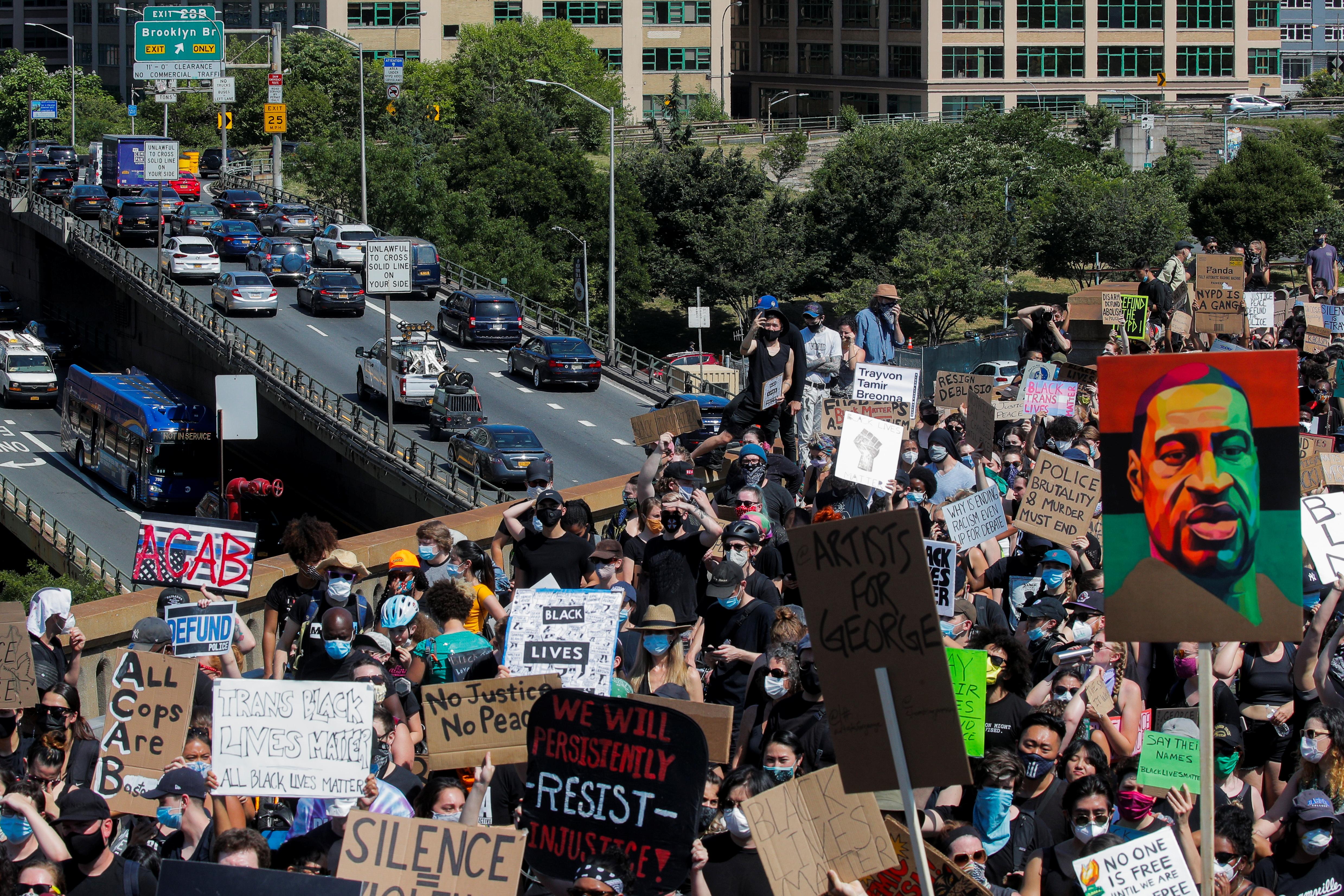 Manifestantes conmemoran el fin de la esclavitud en EEUU REUTERS/Brendan Mcdermid