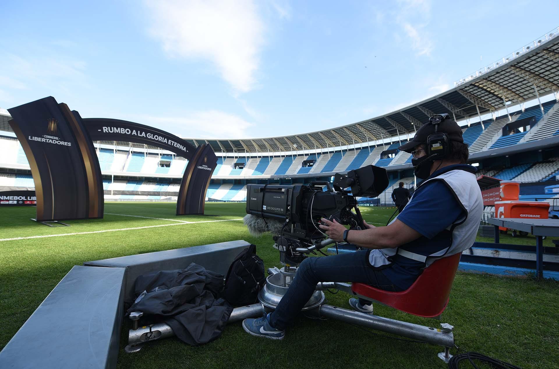 Así trabajó la transmisión oficial en el Cilindro (REUTERS/Marcelo Endelli)