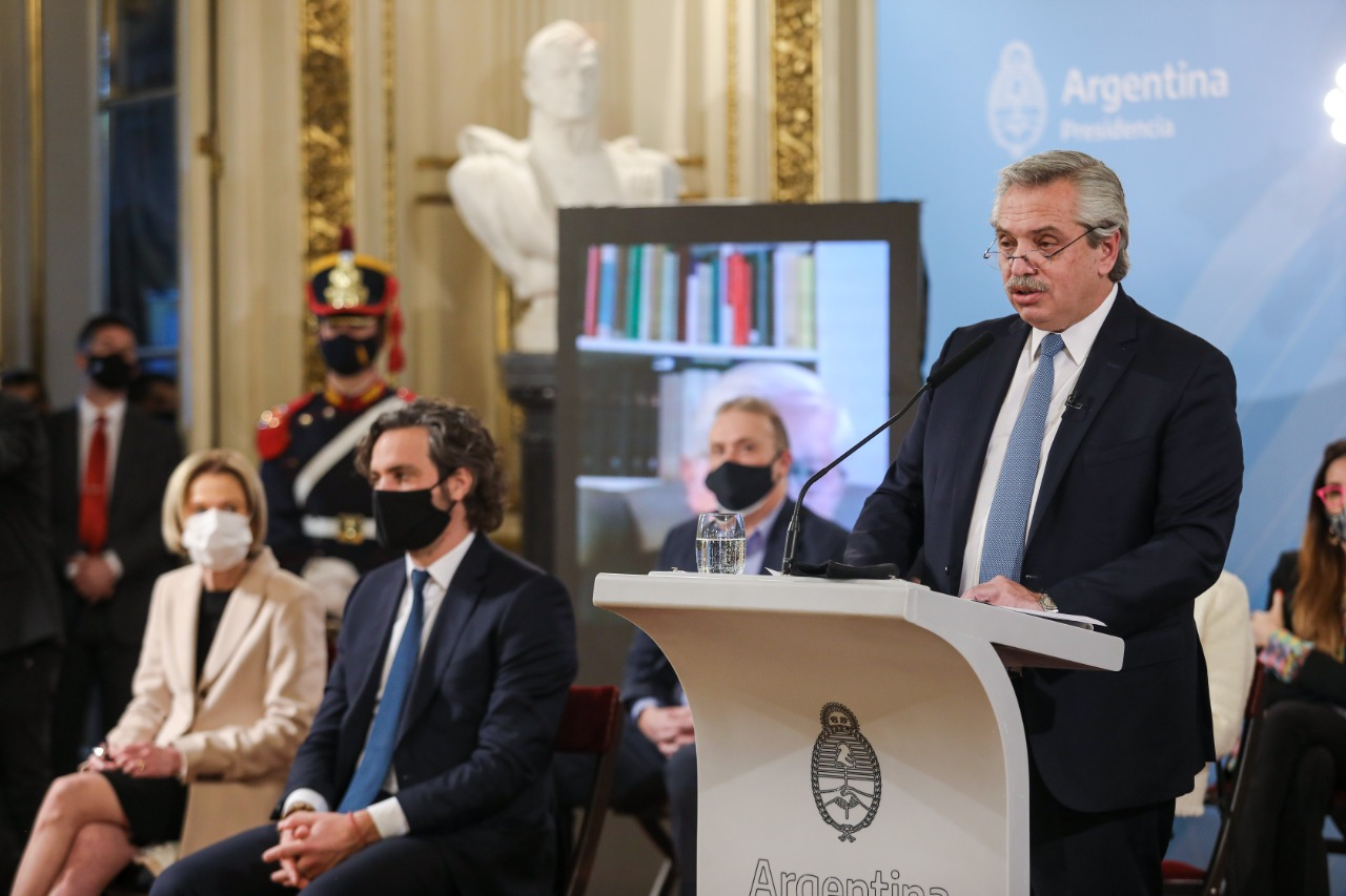 """""""Busco hacer la república que todos reclaman pero algunos humillaron"""", afirmó Alberto Fernández"""