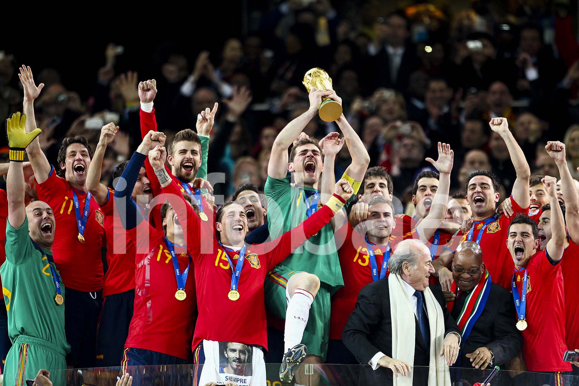 España logró su primer Mundial en España 2010