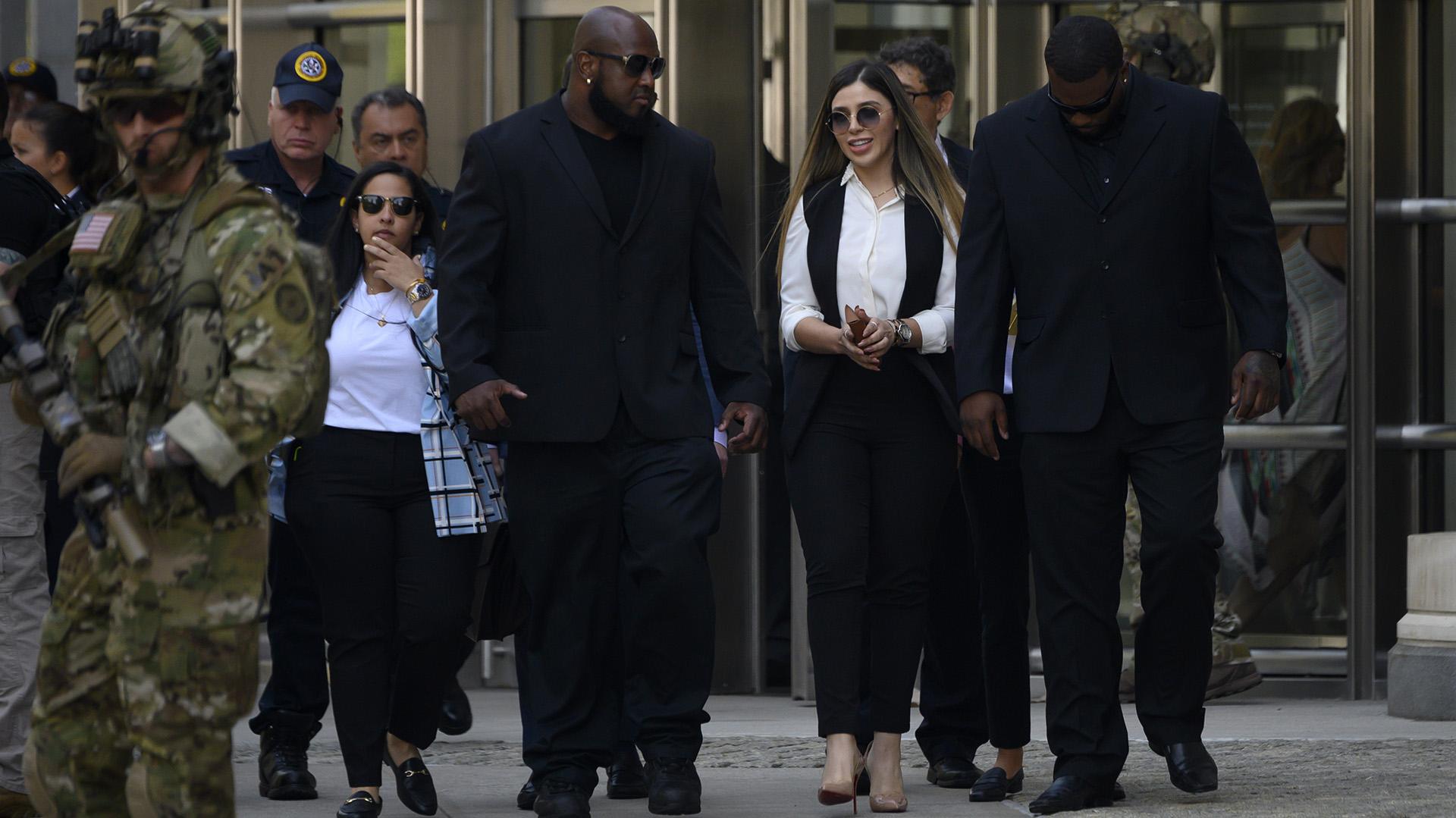 Emma Coronel en fotos: del juicio del Chapo Guzmán a la noticia de su  arresto en EEUU - Infobae