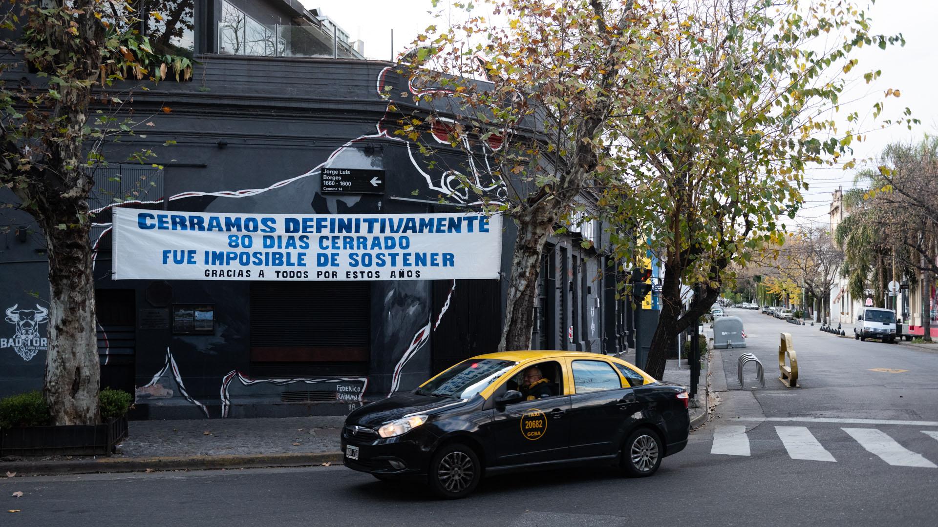 El bar Bad Toro, en Plaza Serrano, anunció su cierre. Estaba ubicado en Jorge Luis Borges al 1600