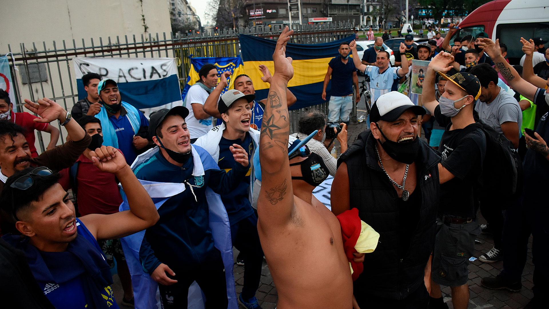 Otra imagen de la multitud en el Obelisco (Nicolás Stulberg)