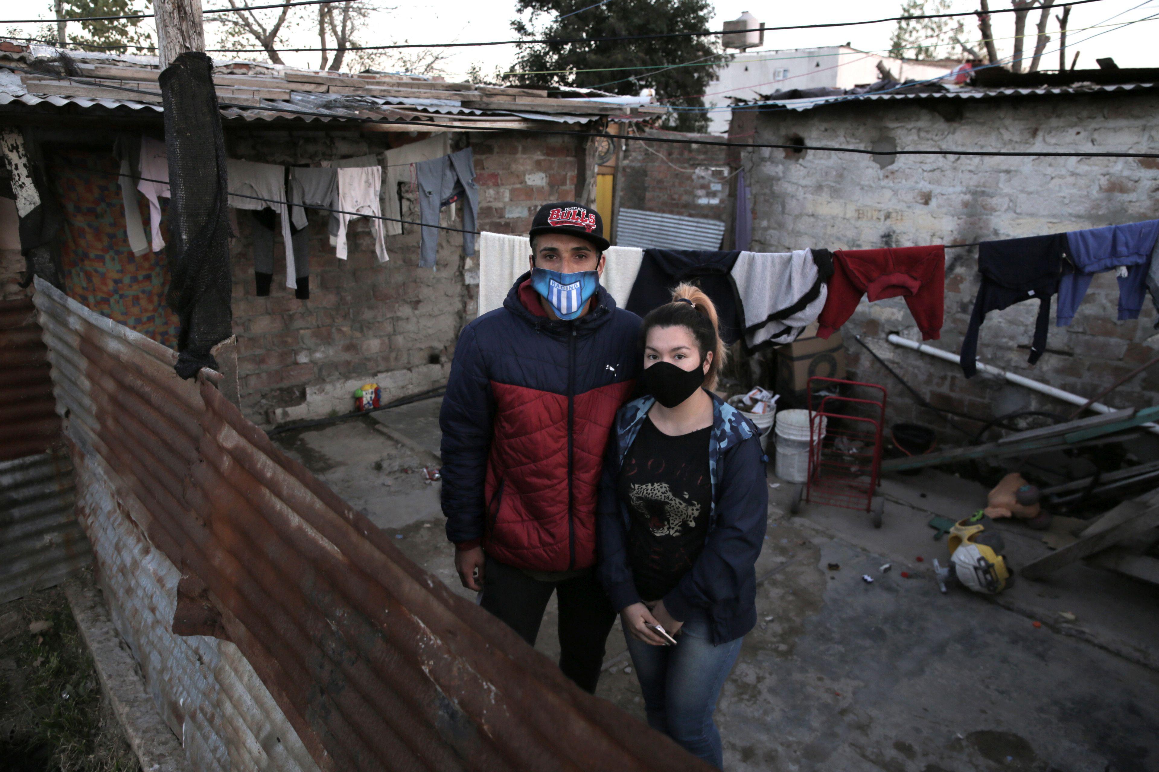 Primera mención, Pandemia en barrios vulnerables, Rodrigo Caballero
