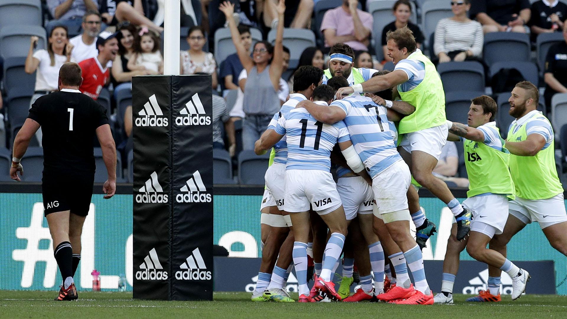 Los Pumas vencieron por primera vez en la historia a los All Blacks (AP Photo/Rick Rycroft)