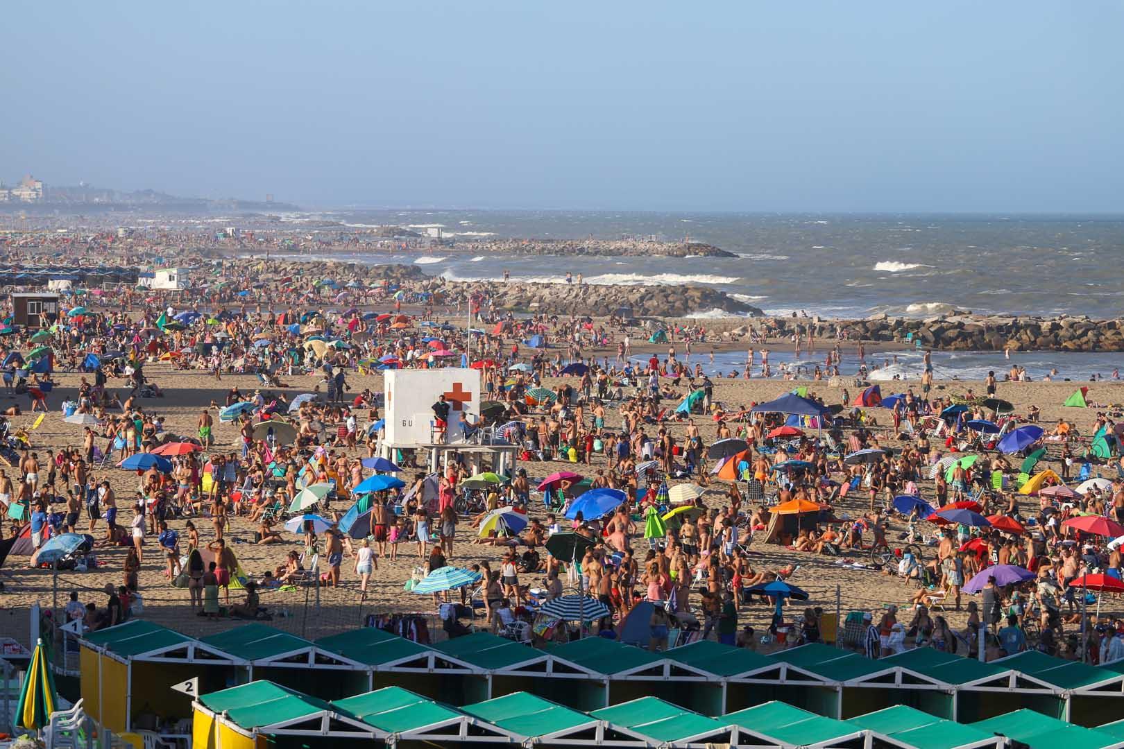 Las playas del Sur registraron una masiva convocatoria hasta pasadas las 19, tanto el sábado como el domingo