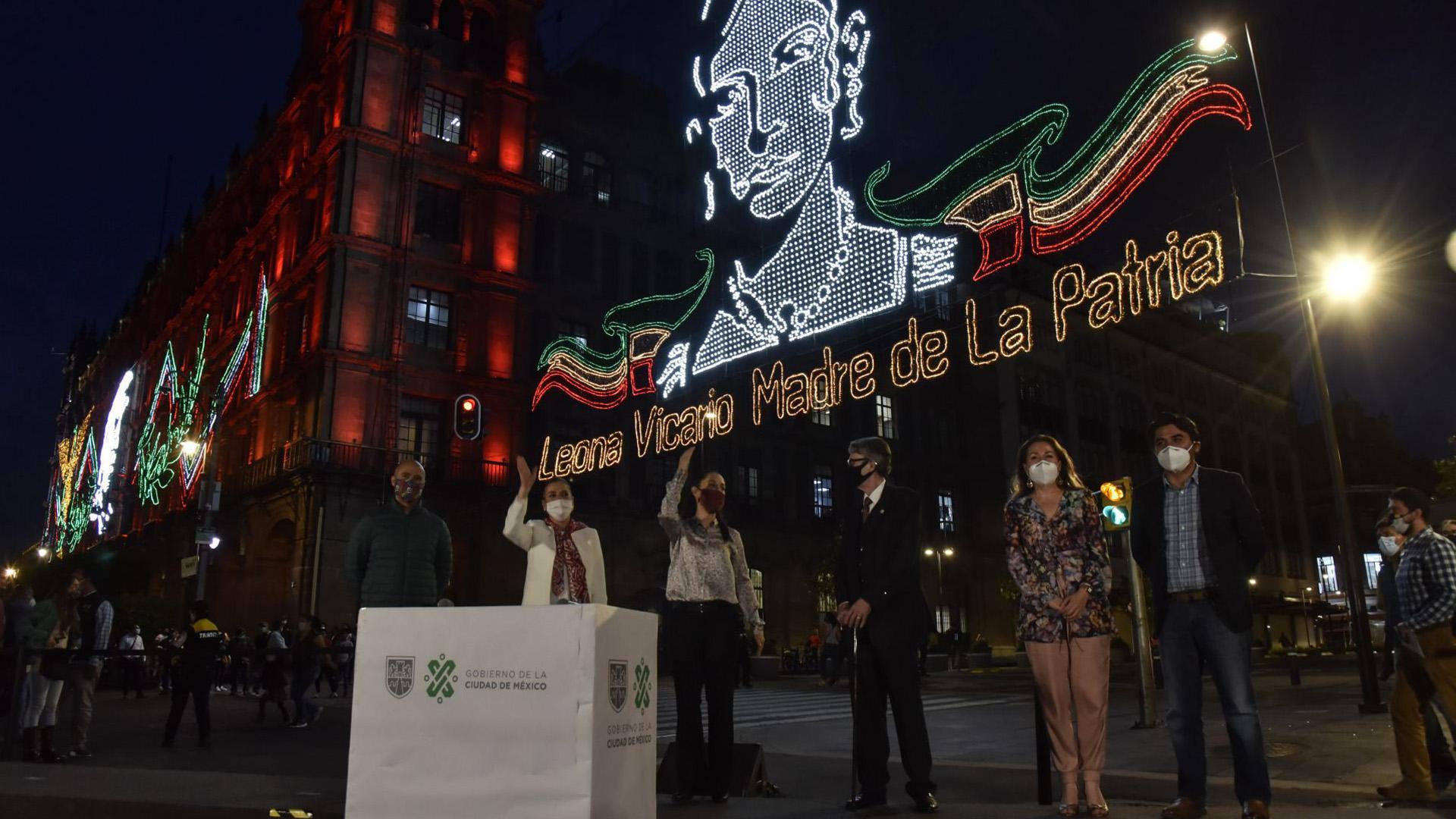 Claudia Sheinbaum Pardo, encabezó el encendido del Alumbrado con motivo de las Fiestas Patrias en el Zócalo capitalino (Foto: Cuartoscuro)