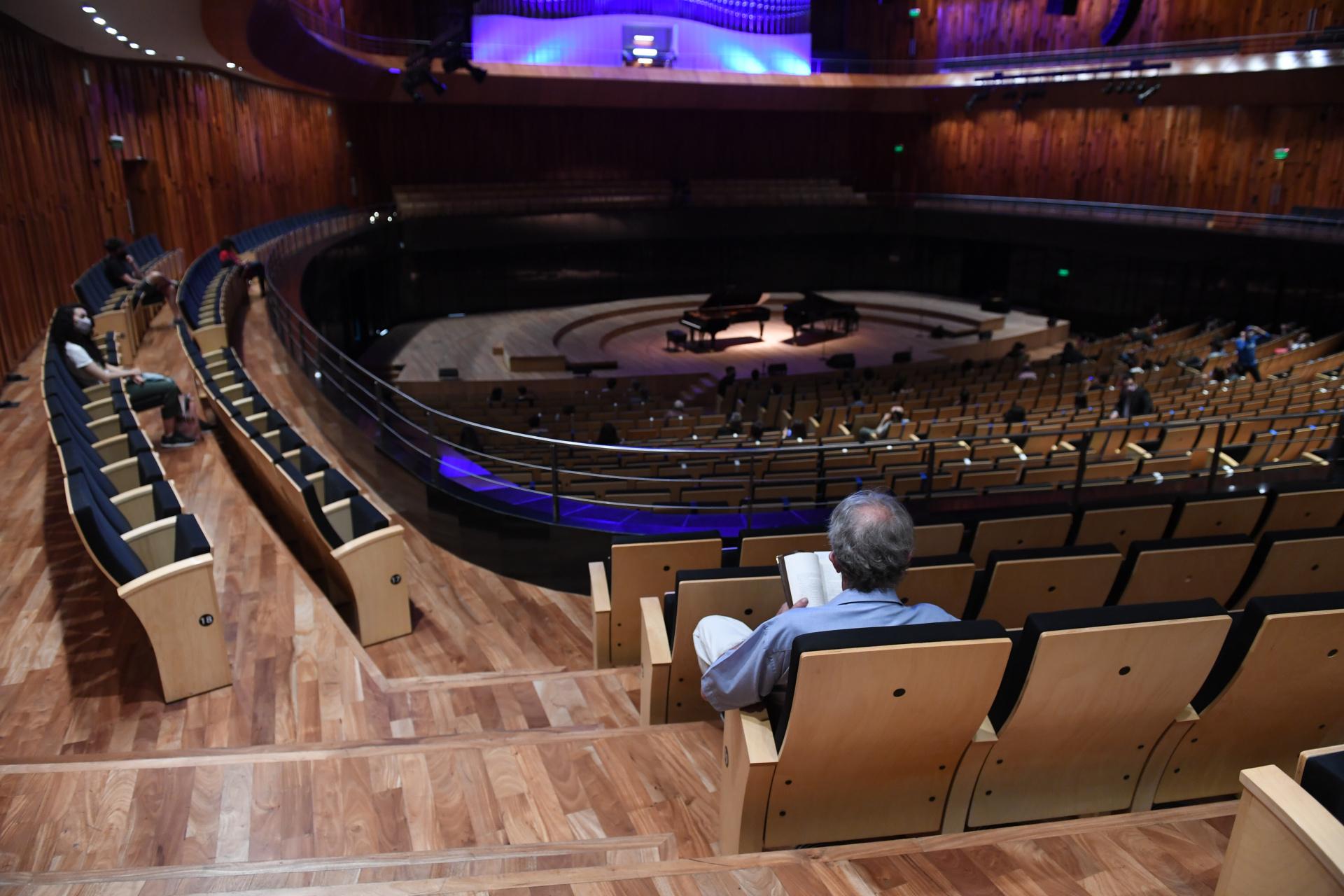 La función se hizo respetando el Protocolo General para la actividad Teatral y Música en vivo con público, aprobado por el Gobierno (Maximiliano Luna)