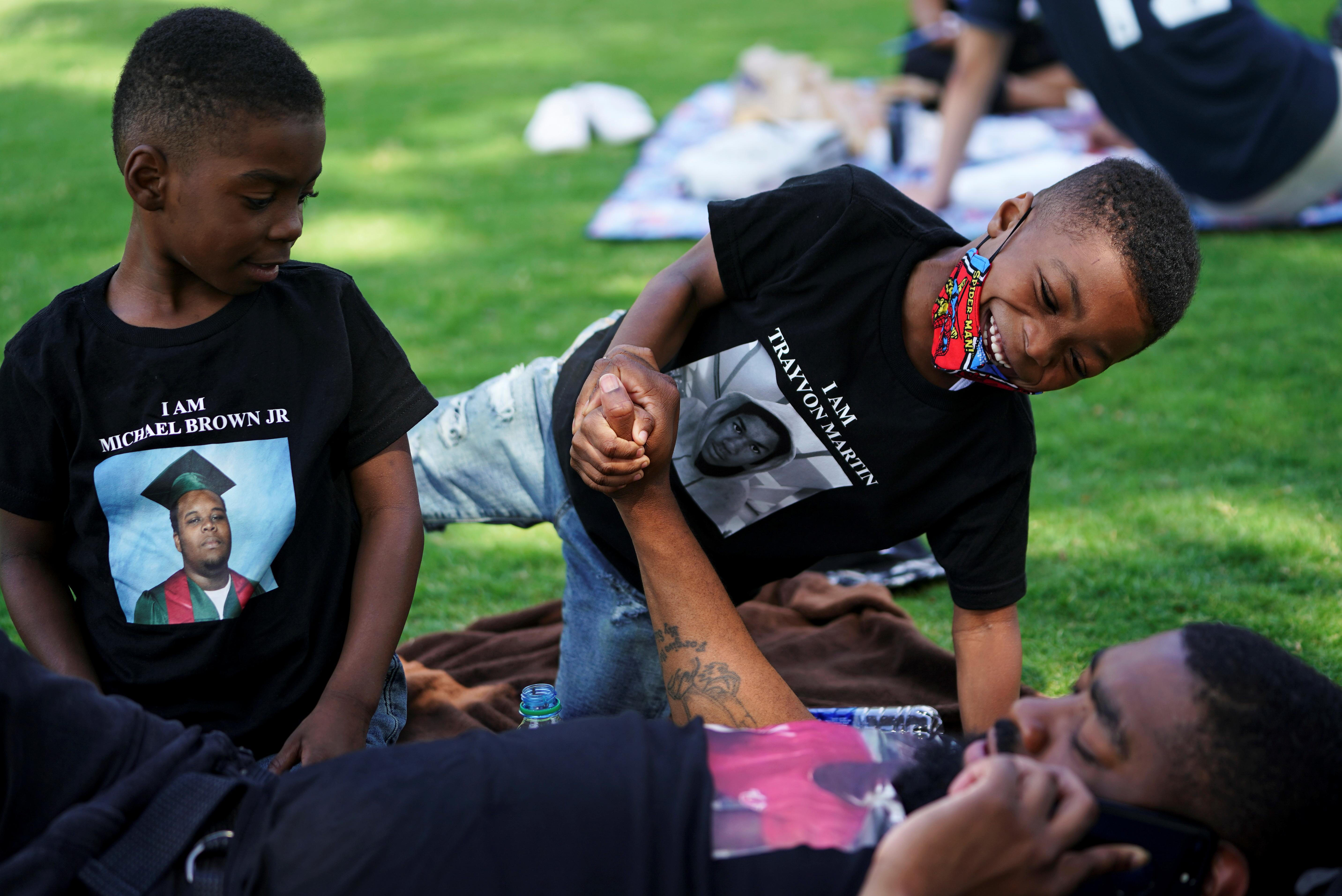 Familias participaron de las conmemoraciones por Juneteenth en Atlanta, Georgia REUTERS/Elijah Nouvelage