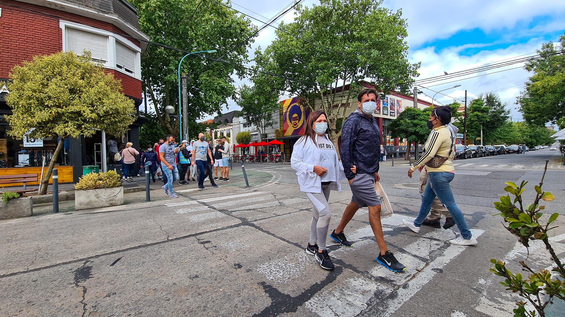 Un relevamiento de la Unión del Comercio, la Industria y la Producción (UCIP) de Mar del Plata indicó que el 86% de las actividades que se realizan habitualmente en la ciudad se consideran poco o nada afectadas por las restricciones nocturnas