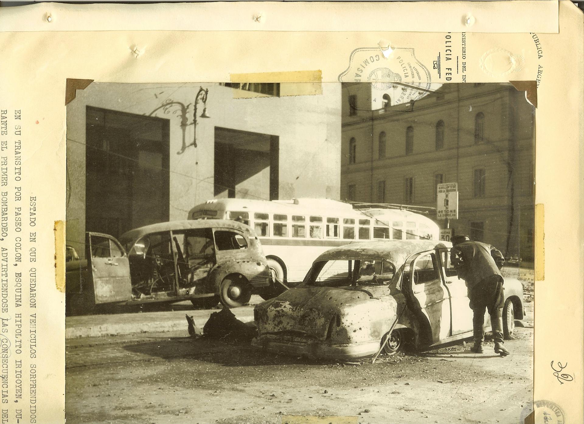 Tierra arrasada. La zona de Plaza de Mayo luego de la masacre producida por los bombardeos.