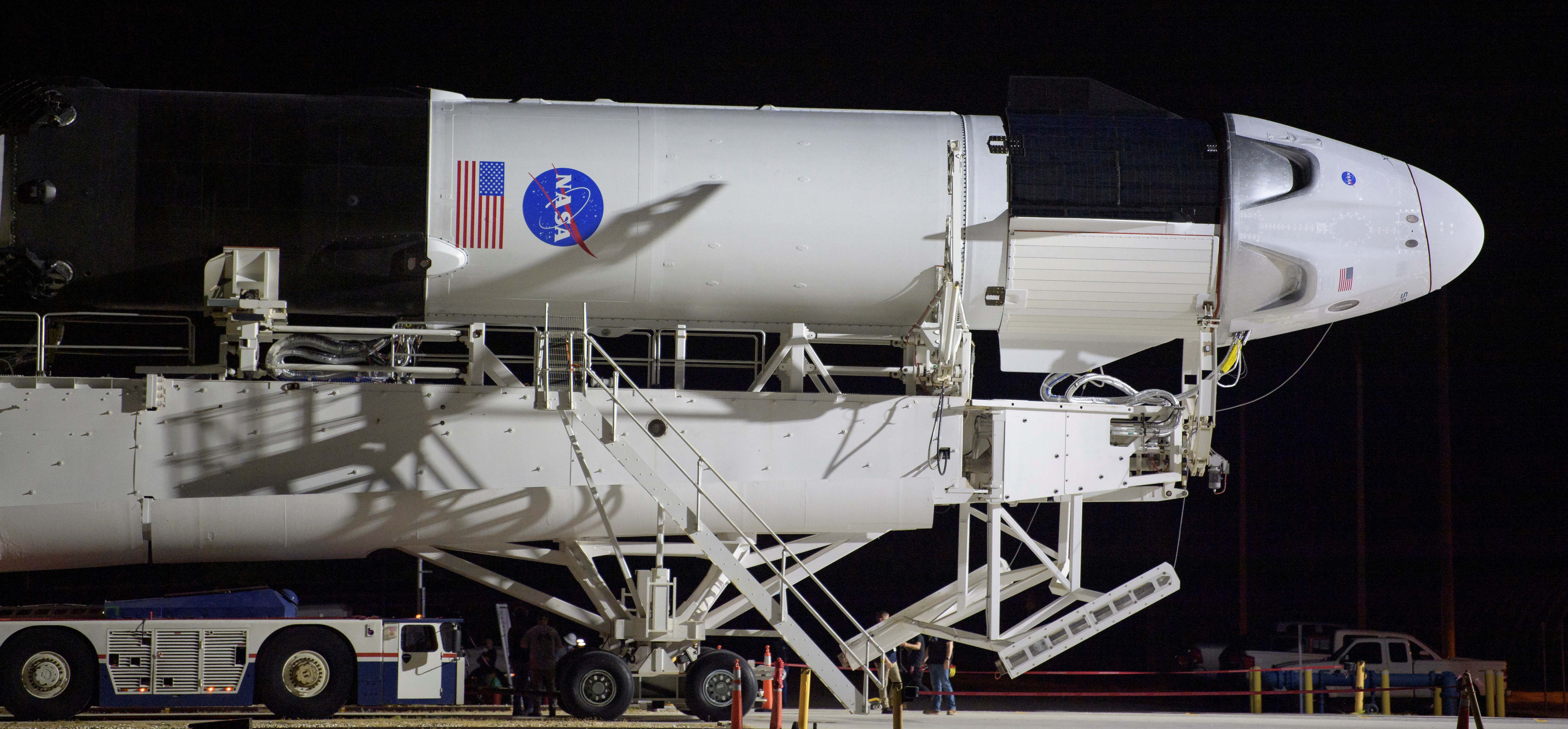 El cohete Falcon 9 de SpaceX con la capsula Crew Dragon (NASA/Bill Ingalls via REUTERS)