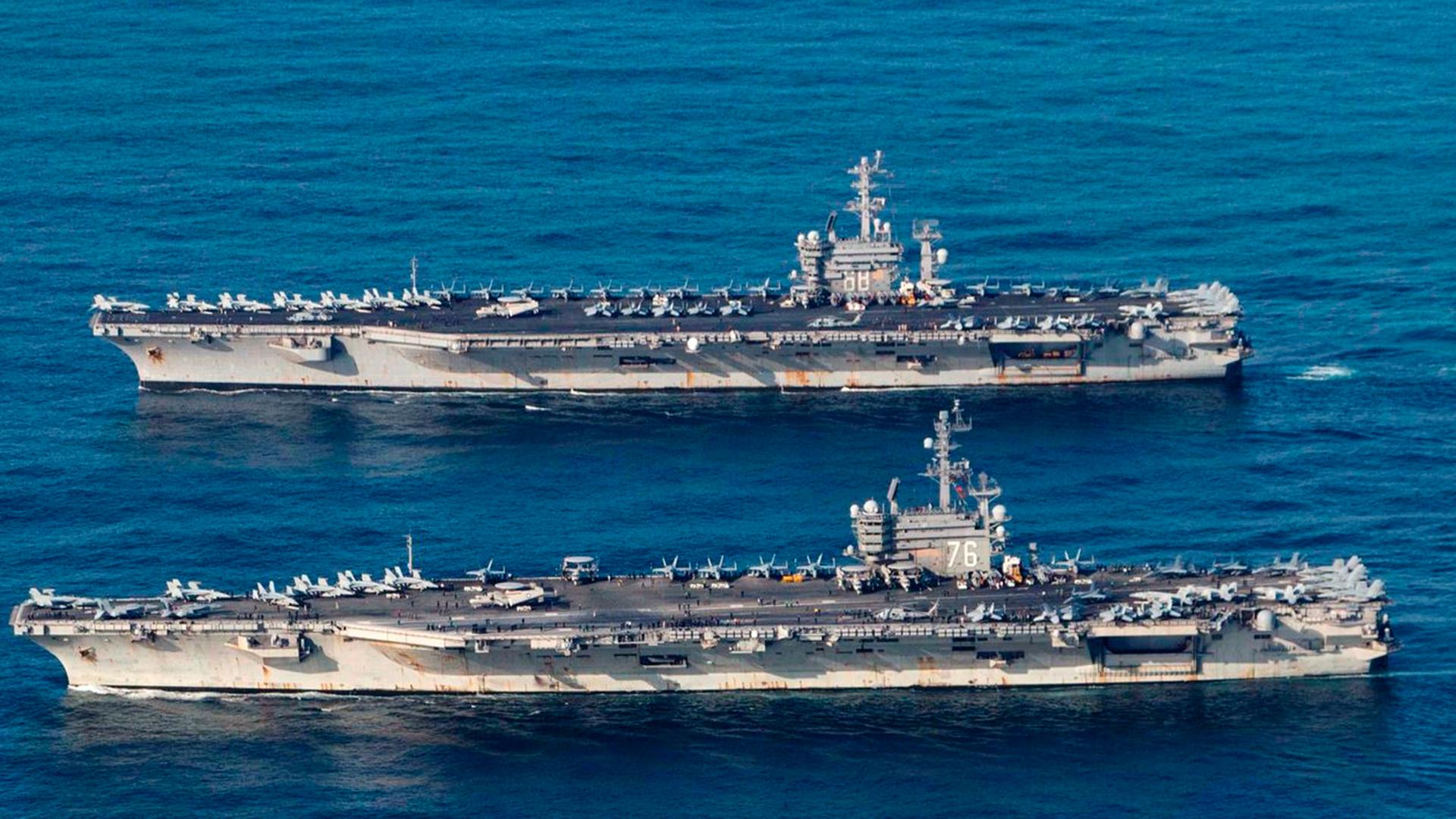 Yokosuka Japón Eeuu Flota Actividades Naval Enviar Base Azul Marino Squadron UTP