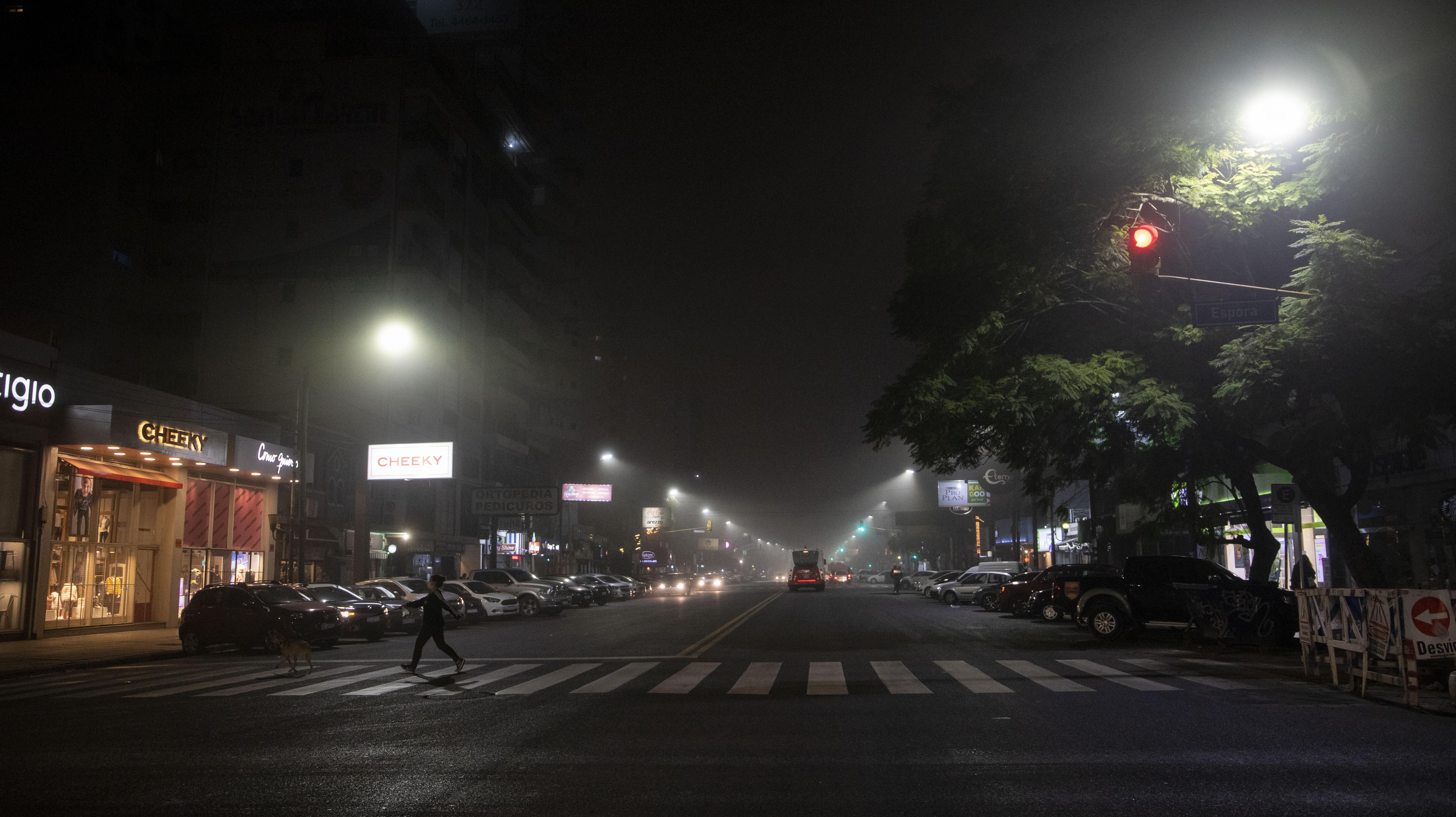 Las niebla de advección son más frecuentes en zonas costeras, de gran extensión y muy densas