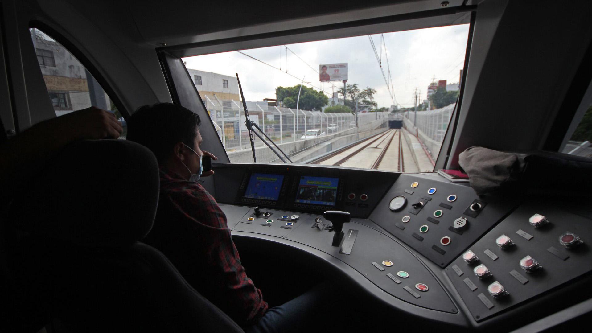 Hoy se llevo a cabo un recorrido para medios de comunicación por las instalaciones del Sistema de Tren Eléctrico Urbano (SITEUR) de la Línea 3, esto previo a su inauguración y para mostrar la operatividad del proyecto (Foto: Cuartoscuro)