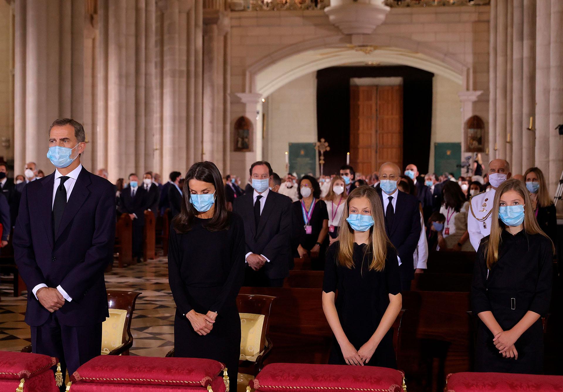 El 16 de julio se realizará otro homenaje a las casi 30 mil víctimas y al personal sanitario. Se llevará a cabo en el Patio de la Armería del Palacio Real