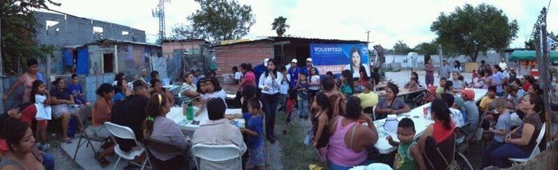 Leticia Salazar en campaña