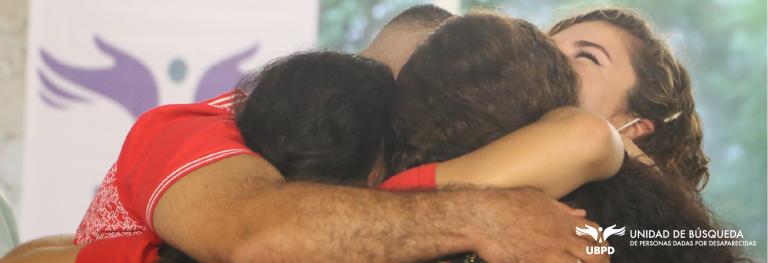 La Unidad de Búsqueda logró el reencuentro de una mujer dada por desaparecida y su familia después de 20 años. Foto: UBPD