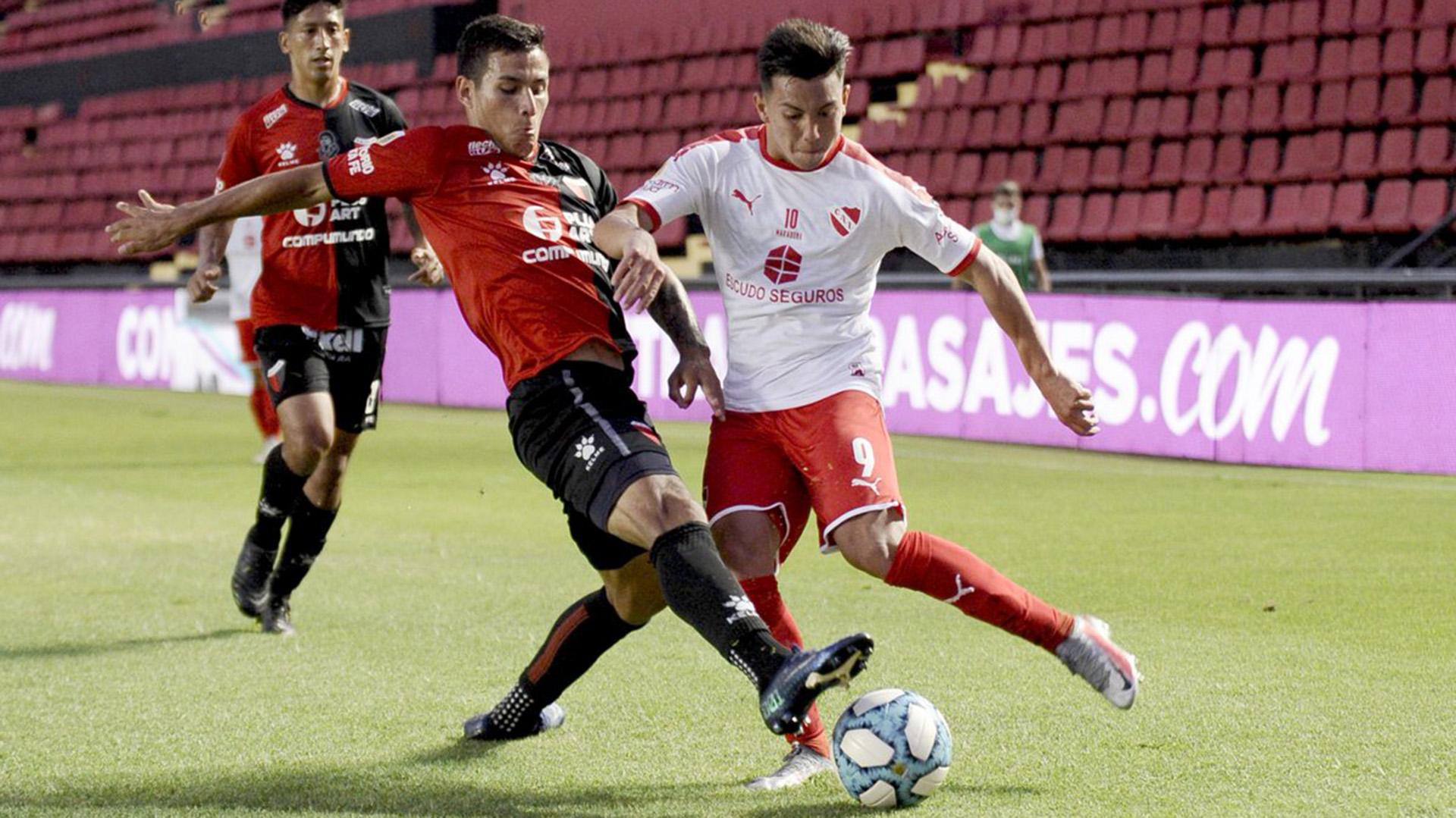 Independiente pisó fuerte en Santa Fe: venció a Colón, sigue invicto y se  clasificó a la próxima fase del torneo - Infobae