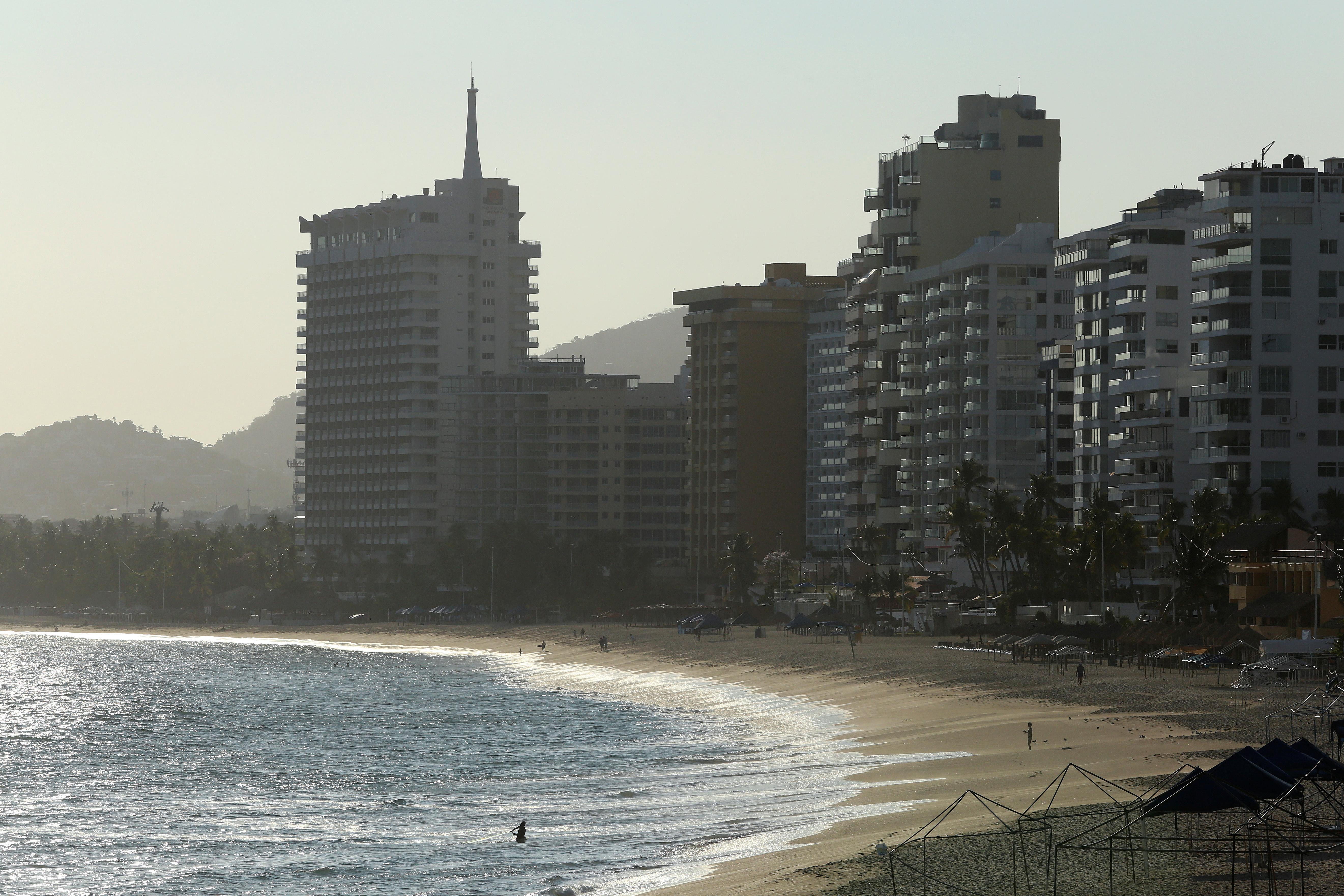 Acapulco, Mexico, increíblemente sin turistas ni prácticamente personas (REUTERS/Javier Verdin)