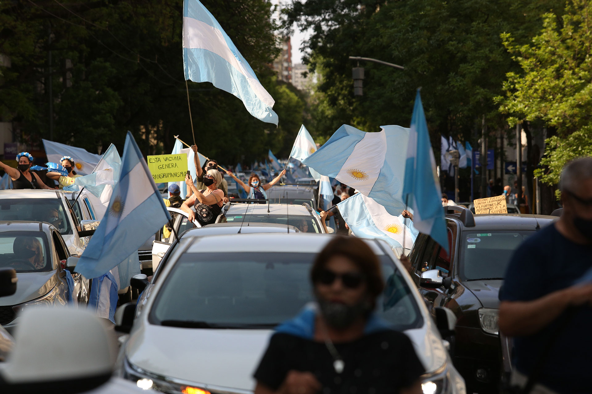 En Córdoba los manifestantes también salieron con sus autos
