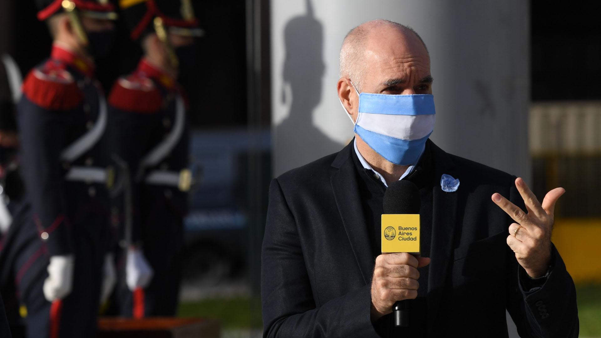 El jefe de Gobierno porteño, Horacio Rodríguez Larreta, participó esta mañana del acto de izamiento de la bandera que se realizó en Plaza de Mayo