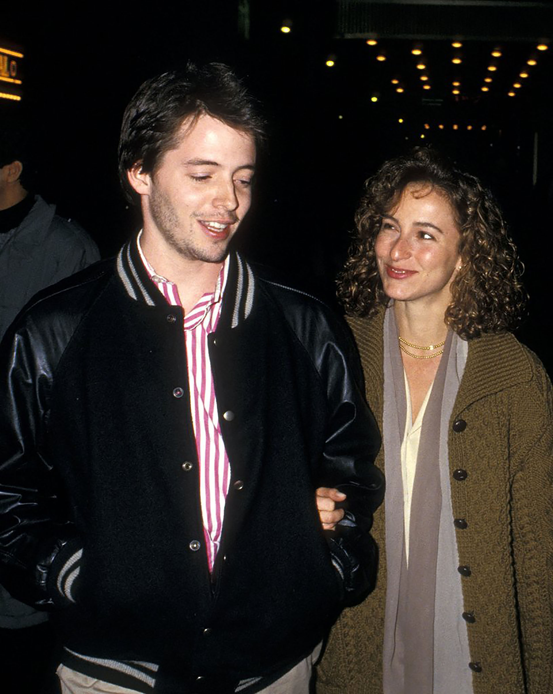 Matthew Broderick, cuando ya era actor, pero todavía no era el esposo de Sarah Jessica Parker, durante unas vacaciones en Irlanda estrelló su auto alquilado contra otro donde iban una madre y su hija, que murieron. El fatal choque ocurrió el 5 de agosto de 1987