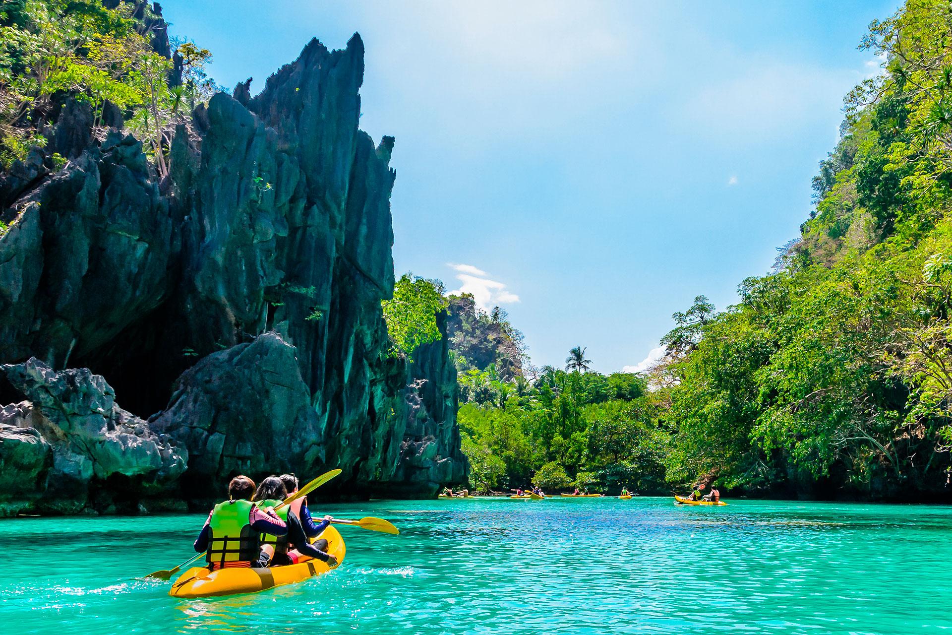 Filipinas obtiene el 8,7% de su PIB del turismo, y depende en gran medida del turismo de China. Ha sido muy afectado por el coronavirus, viendo más de 27.000 casos. Detuvo la mayoría de los viajes internacionales y restringió los viajes nacionales, pero está compartiendo videos en línea para que las personas puedan experimentar el país virtualmente