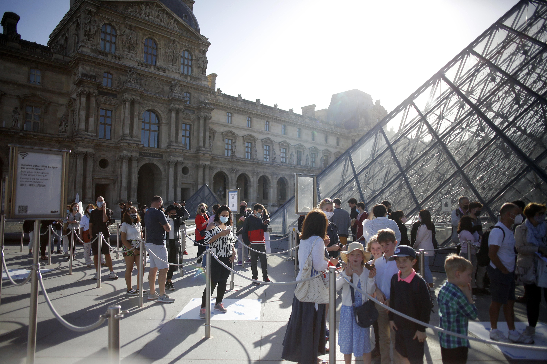 Las mascarillas serán obligatorias y el número de visitantes será limitado y con reservas obligatorias. (AP/ Thibault Camus)