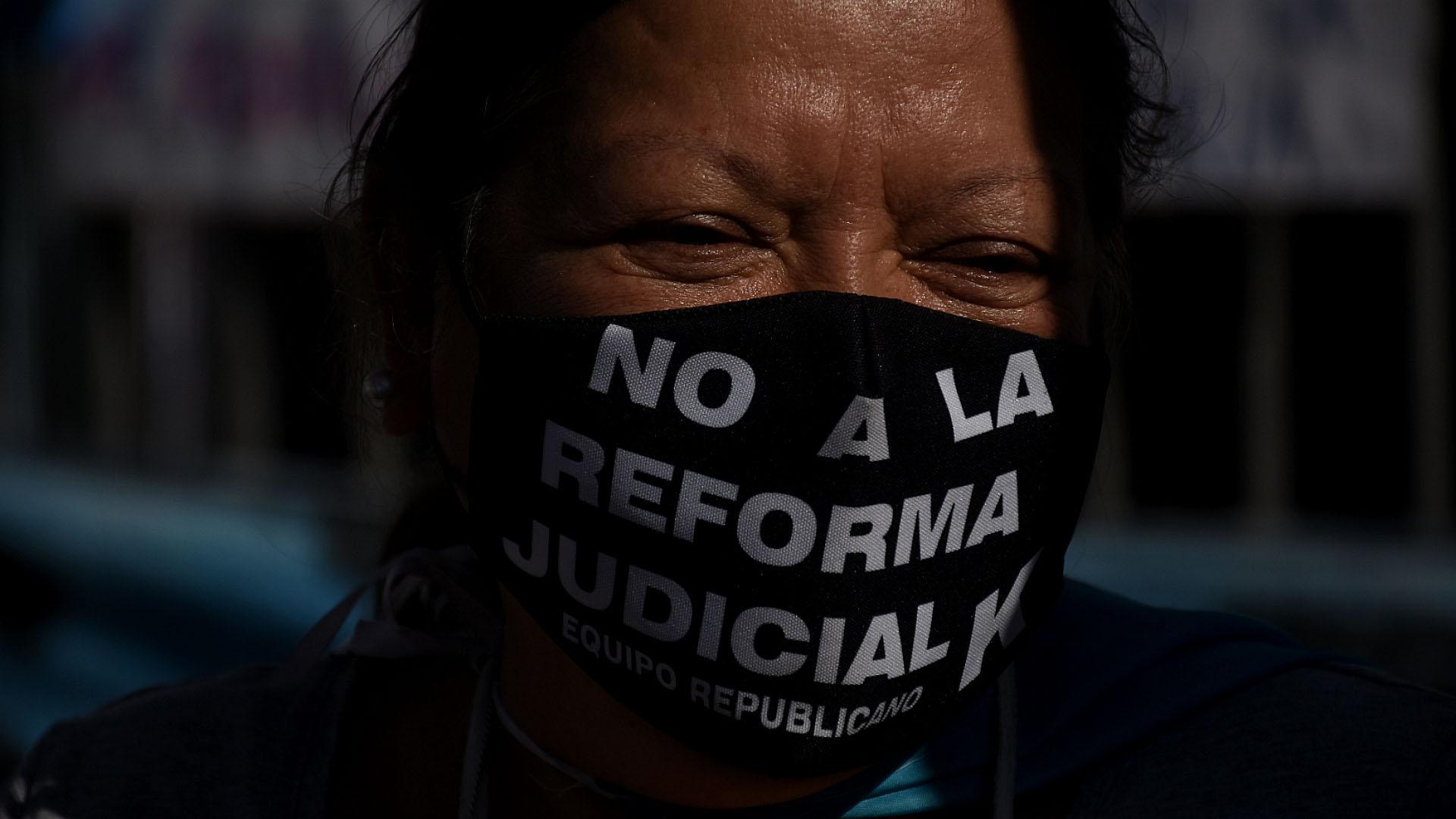 La reforma judicial que impulsa el Gobierno fue uno de los temas más cuestionados de la marcha