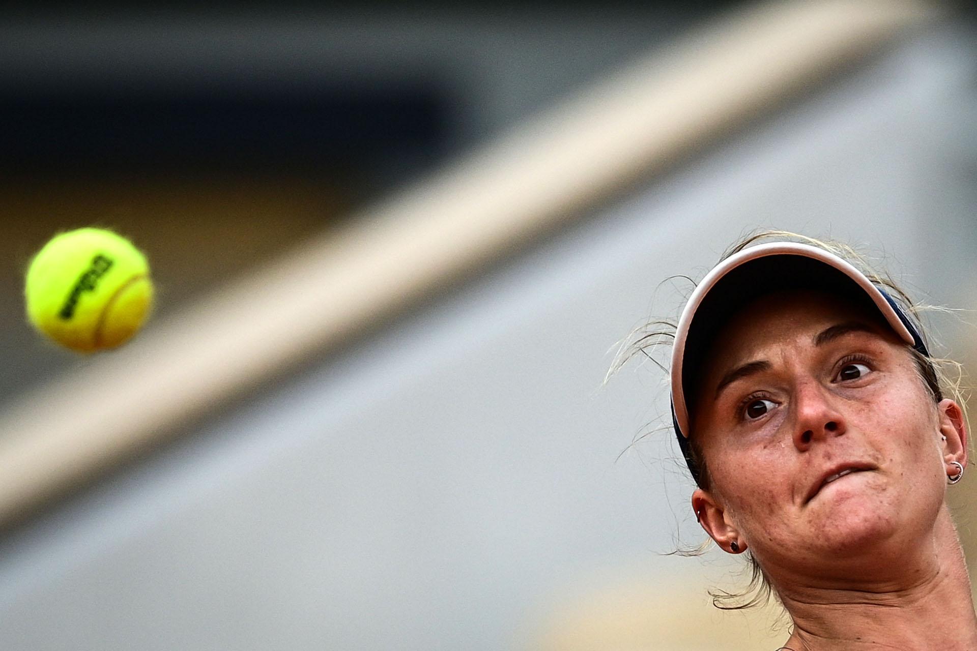Podoroska llegó desde la qualy hasta las semis de Roland Garros (Photo by MARTIN BUREAU / AFP)