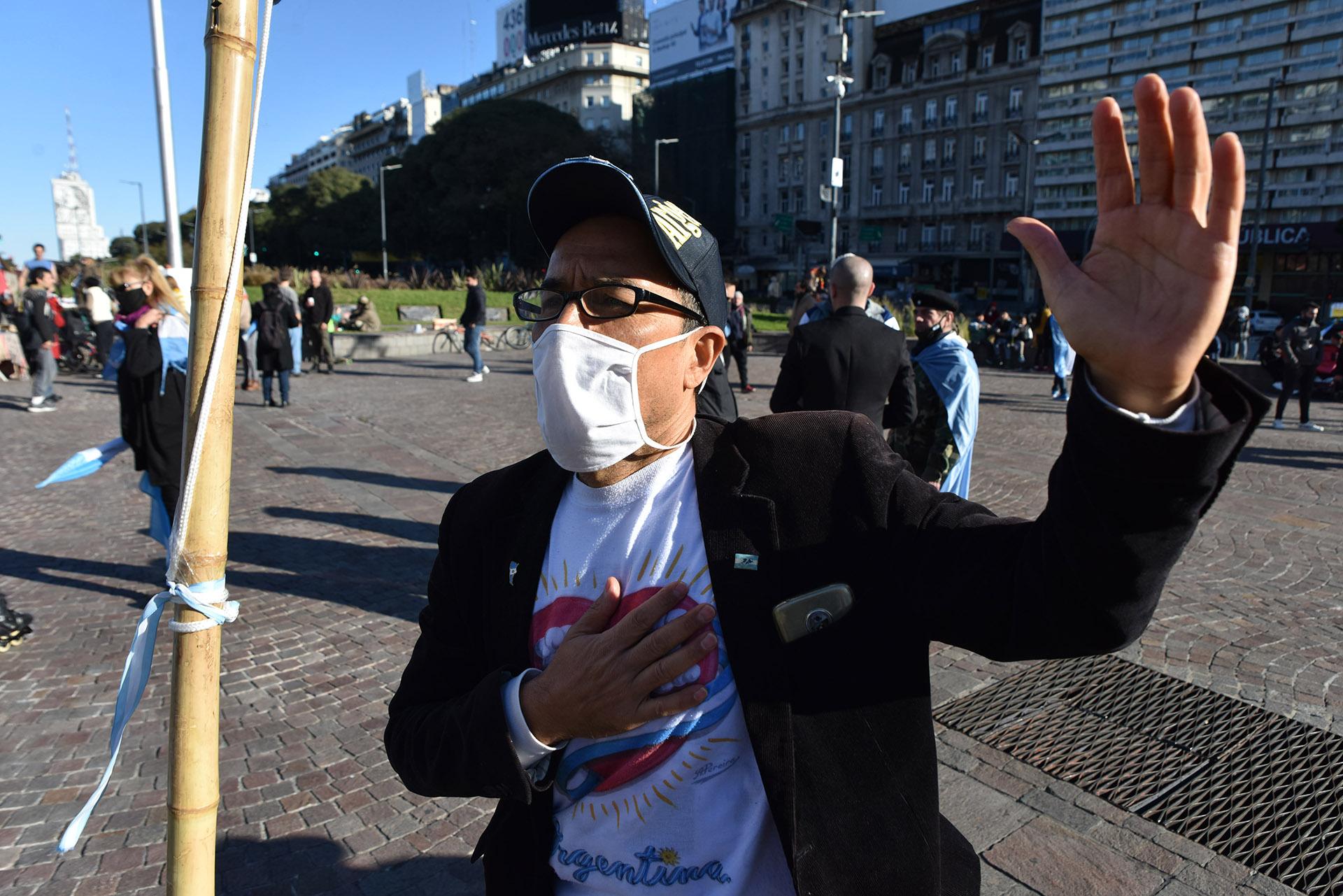 Las personas que se congregaron en el Obelisco más tarde se dirigieron a la Plaza de Mayo